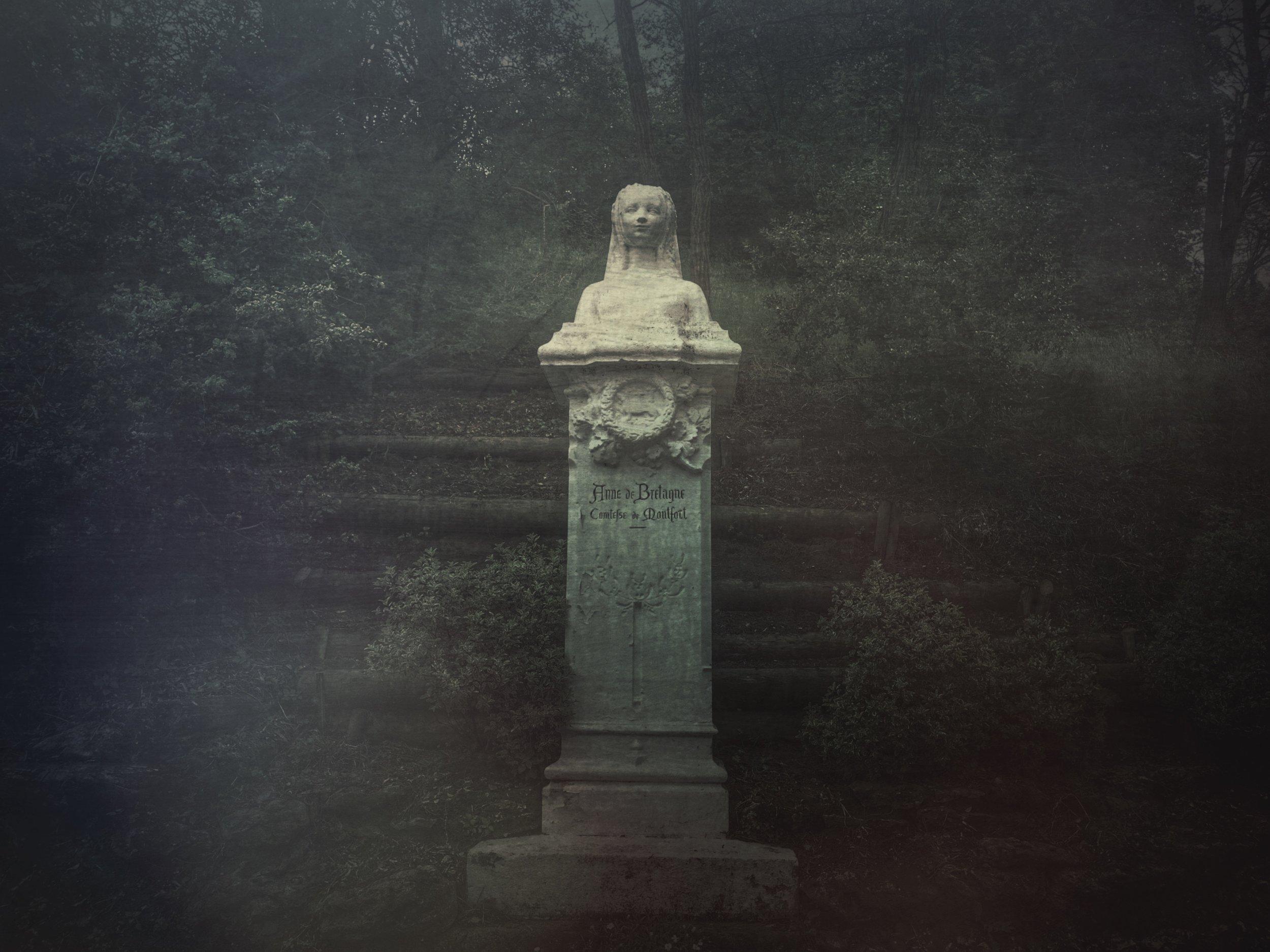 Statue of Anne de Bretagne