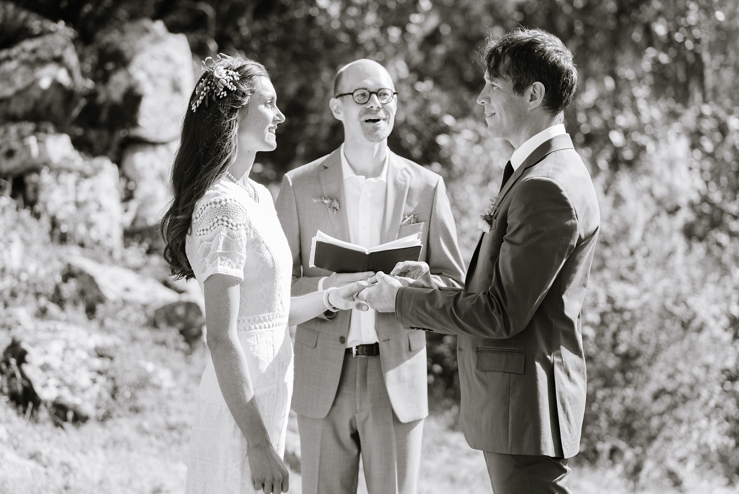 nicasio_backyard_intimate_wedding_chelseadierphotography_0062.jpg