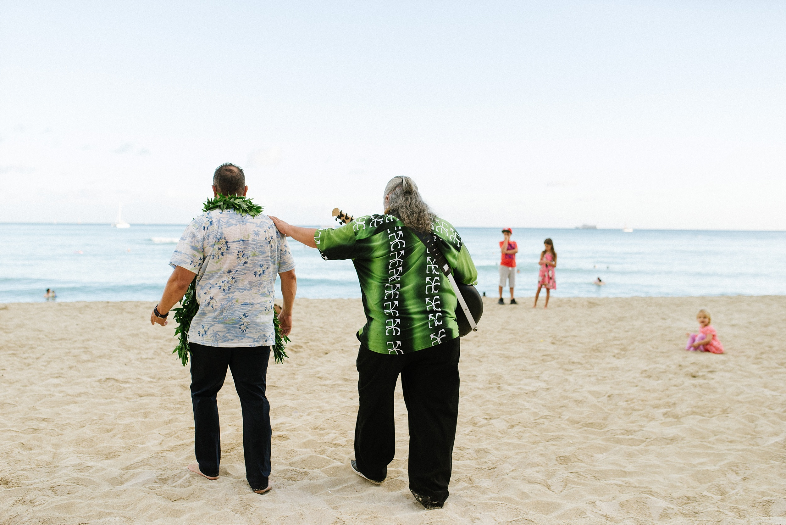hawaii_oahu_beach_wedding_chelseadierphotography_0017.jpg