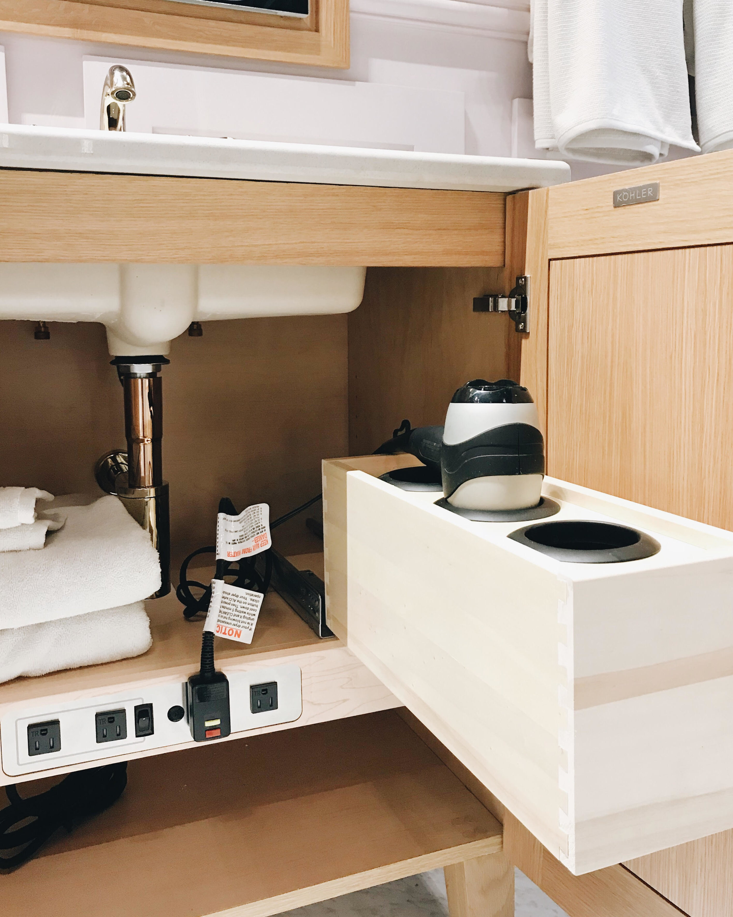 https://www.us.kohler.com/us/Intelligent-Toilets-and-Cleansing-Seats/article/CNT121600001.htm