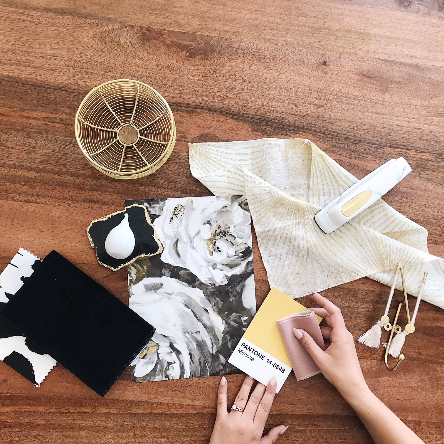 Nyla Free Designs, Confessions of an Interior Designer, Analysis Paralysis, Personal Office Space Flatlay, Calgary Interior Designer