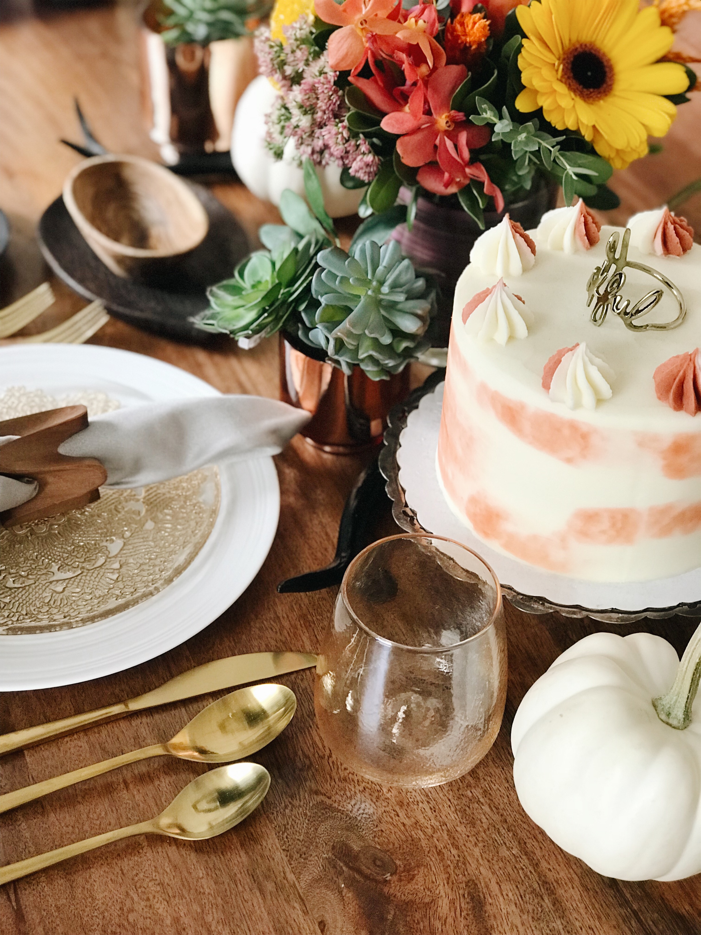 Thanksgiving Colourful Table Setting Ideas, Four Basics Three Options, Holiday Decor, Calgary Interior Designer, Nyla Free Designs