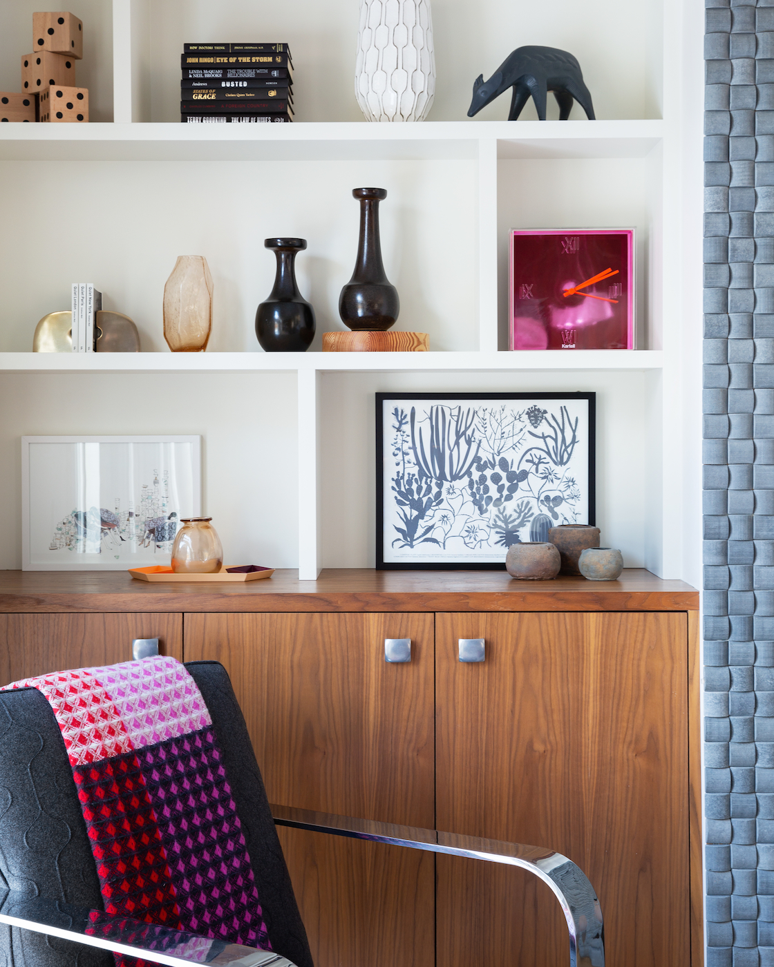 Essential Styling Accessories for Your Shelves, Calgary Interior Designer, Nyla Free Designs #styling #protips #designerlife #shelfie