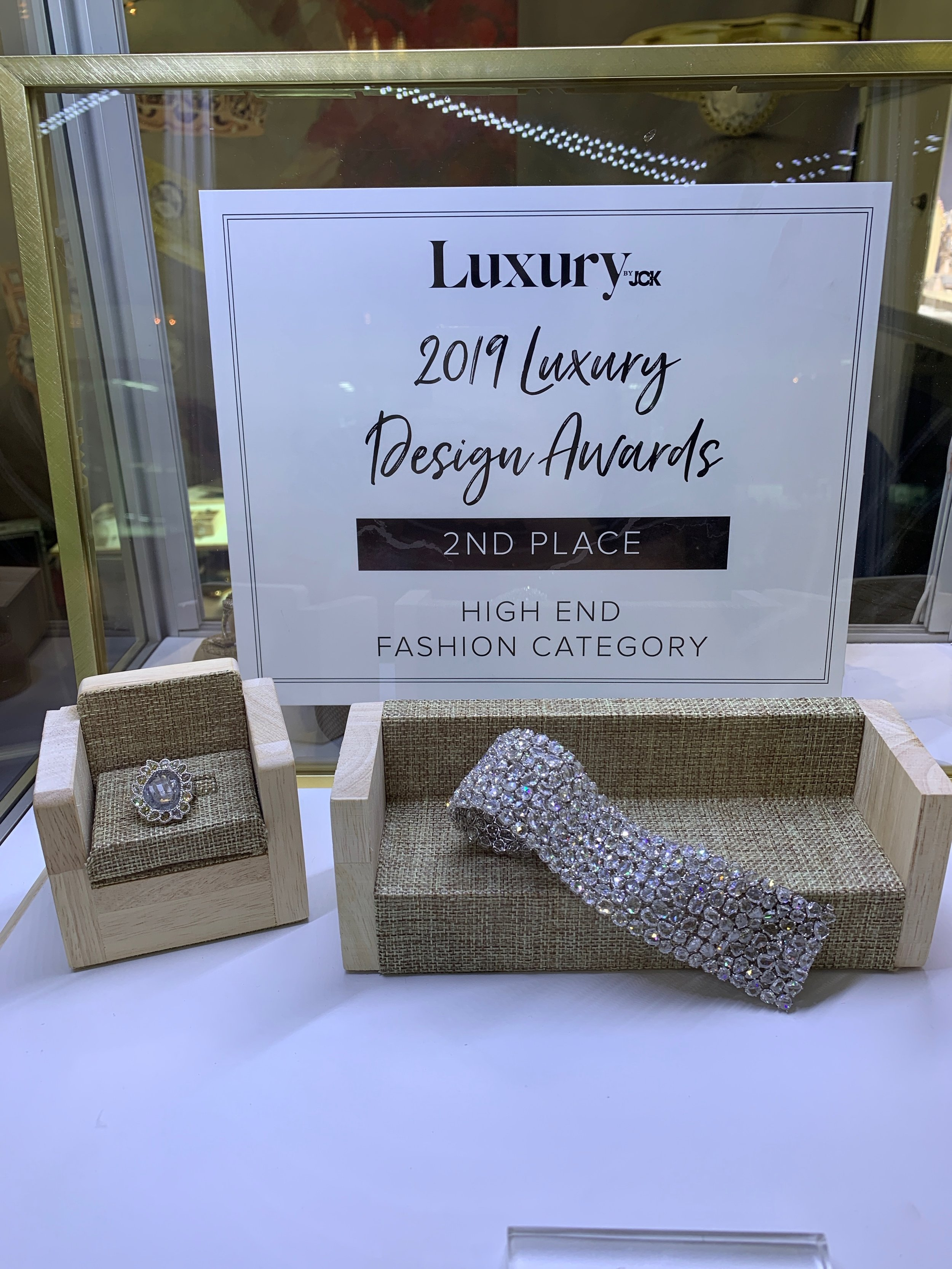 VIVAAN AS THE LUXURY DESIGN AWARD WINNER 2019 AT THE JCK LAS VEGAS IN THE HI END FASHION CATEGORY….