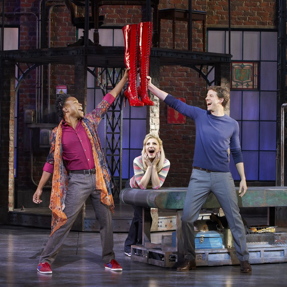 chi-kinky-boots-review-chicago-001.jpeg