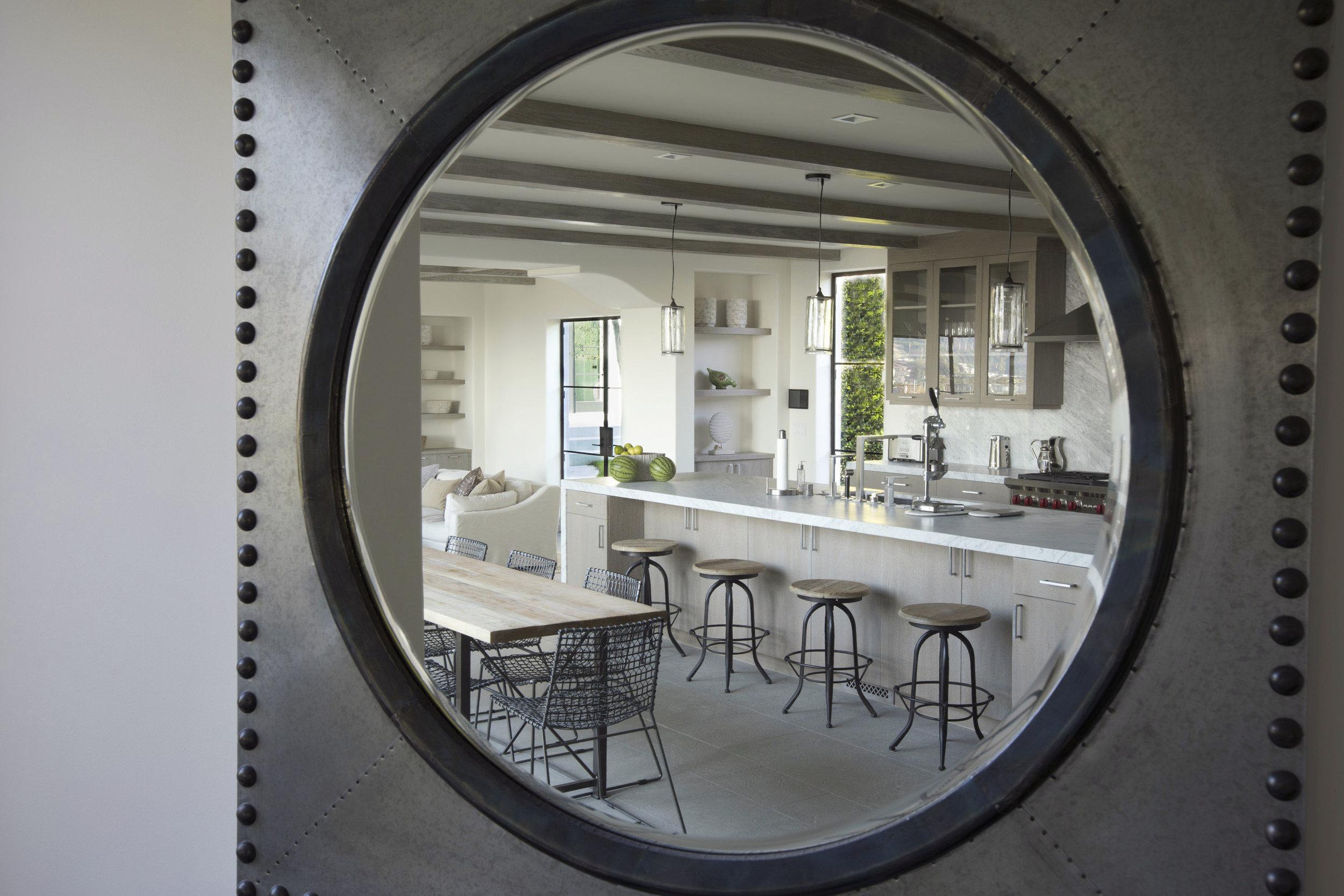 1F0A2924_Kitchen_ Mirror_r.jpg