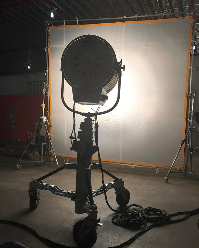 On set with ARRI 20k tungsten  @hookstudiobk with giant lights #bts Available to rent through Hook Equipment, email equipment at hook studio dot com. For full EQ inventory click link in bio. . . . . . #20k #tungsten #arri #hookequipment #hookstudio #productionequipment #griprental #lightingrental #productionrental #eqrental #brooklyn #nyc #photoshoots