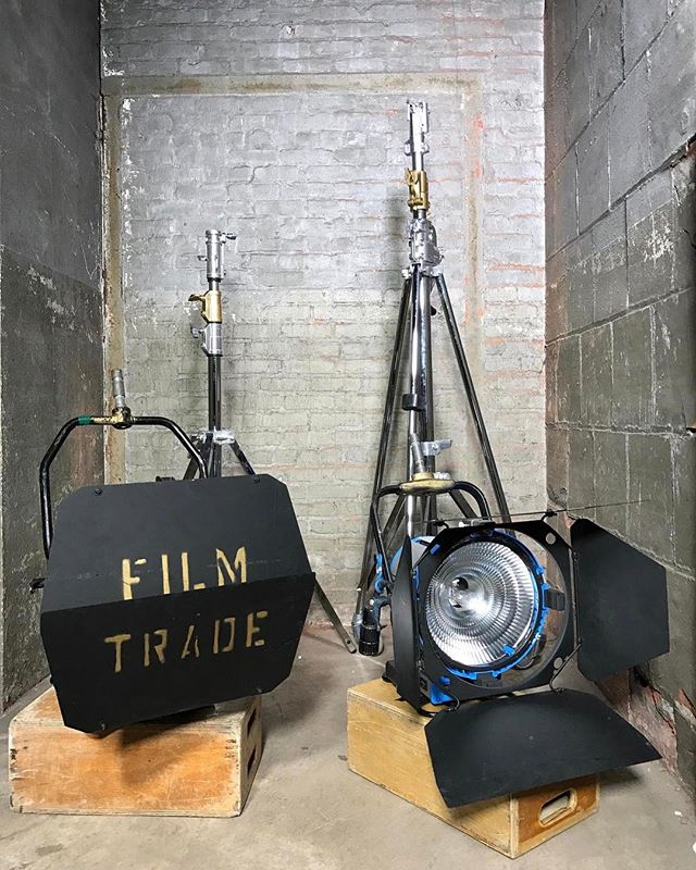 HMIs Available to rent through Hook Equipment, email equipment at hook studio dot com. For full EQ inventory click link in bio. . . . . . #hmi #hookequipment #hookstudio #productionequipment #griprental #lightingrental #productionrental #eqrental #brooklyn #nyc #photoshoots