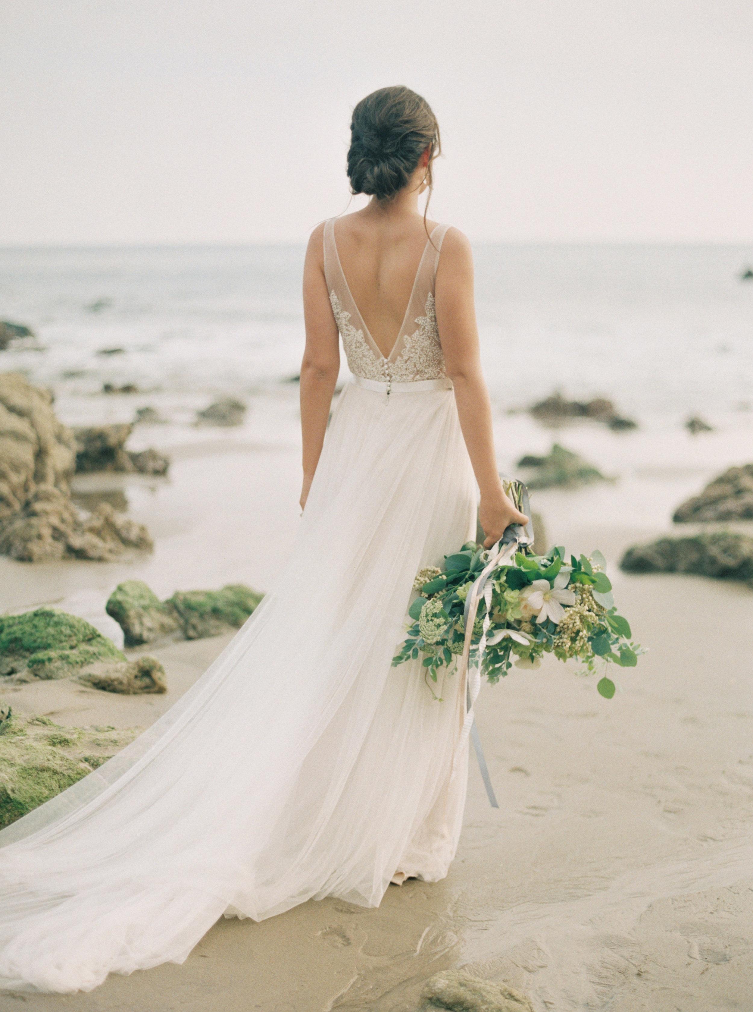 Elegant Seaside Photoshoot (Carol Ly).jpg