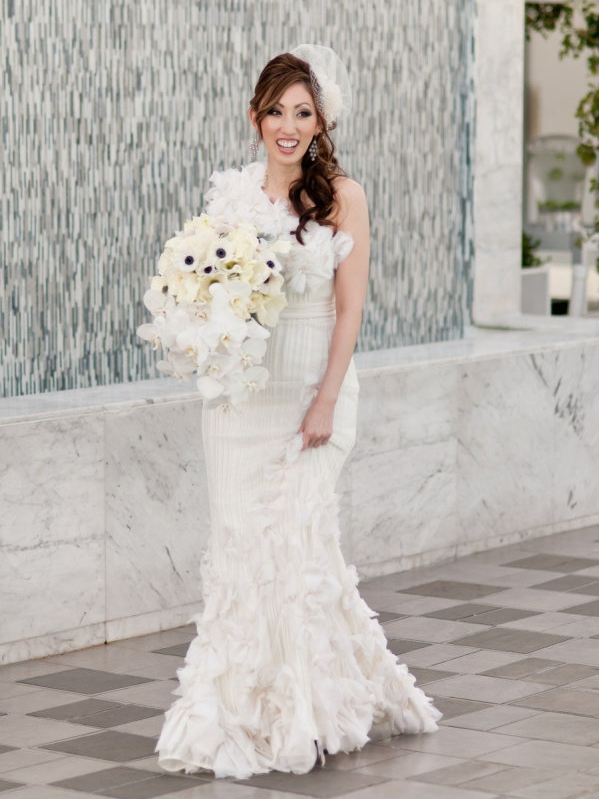 STYLE ME PRETTY : Los Angeles Wedding At The Skirball Cultural Center