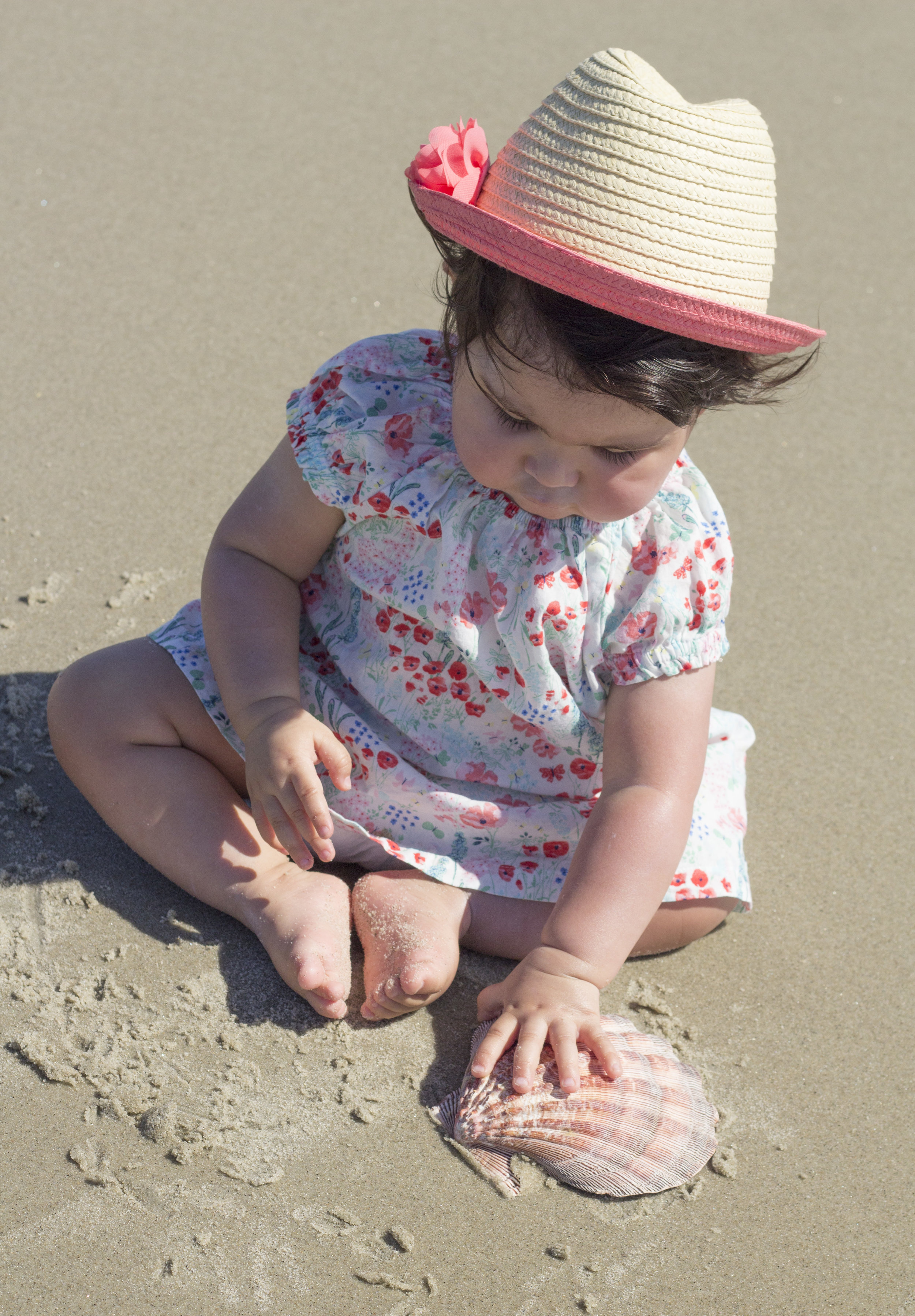 sea shell and baby photography ideas