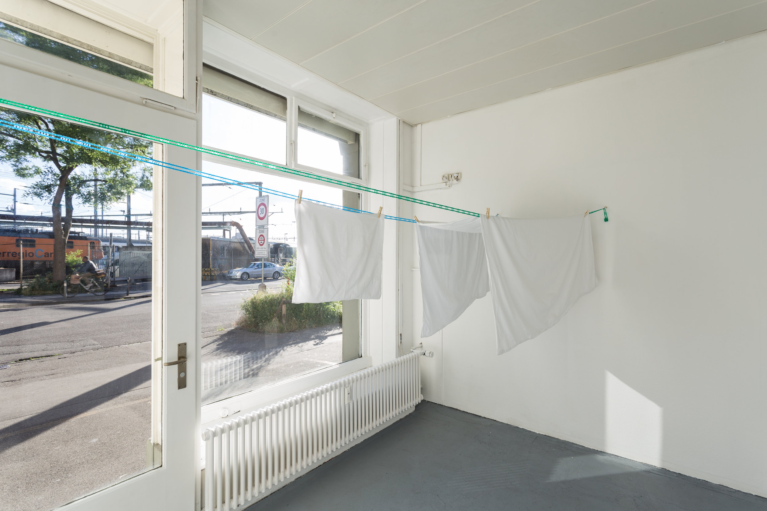 Side Step: Trevor Yeung, You Think You are Mimosa Trevor Yeung,  Hostelworld (Brussels Hostel 1) , 2017, archival inkjet print, bed sheets and racks, size variable, 29.5 x 45.5 cm Photo: Kilian Bannwart