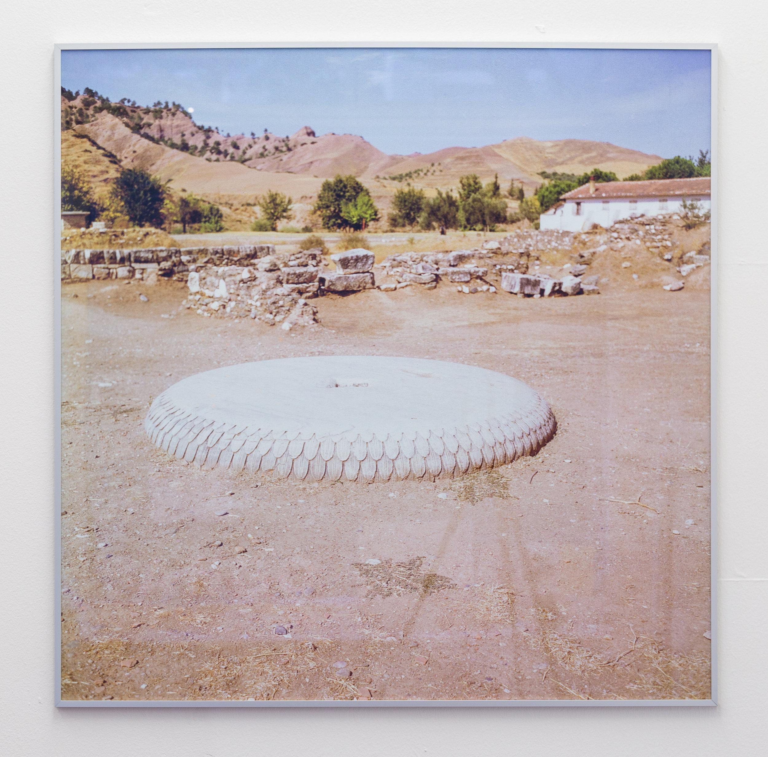 Donatella Bernardi,  Portique Syrien Series 4 , 2015, inkjet print mounted on aluminium board, 101 x 101.5 cm Photo: Kilian Bannwart