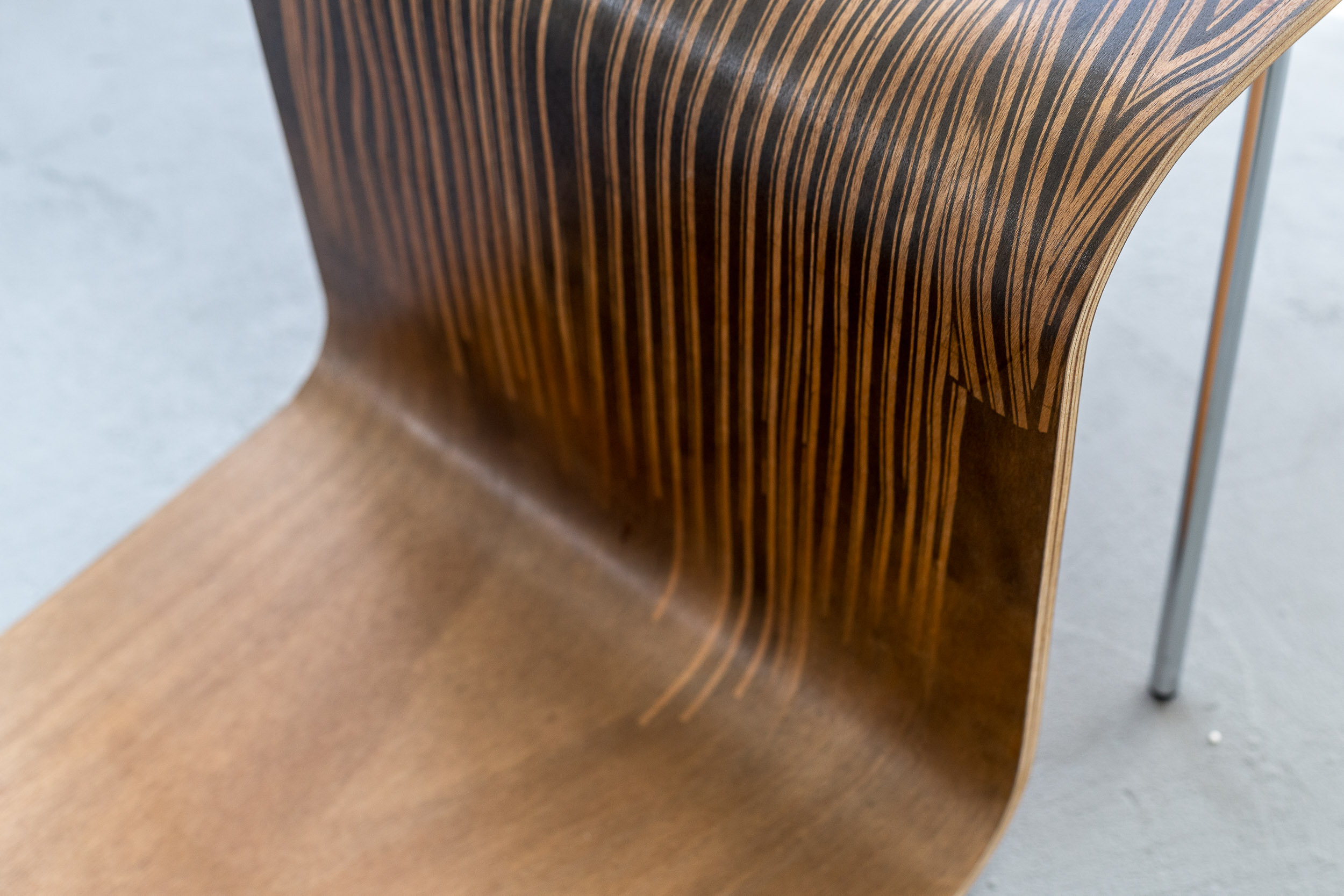 Fiona Banner,  Pinstripe Chair   (detail) ,  2015, graphite, vinyl, plywood, chair base, 43.3 x 149 x 46.2 cm  Photo: Kilian Bannwart