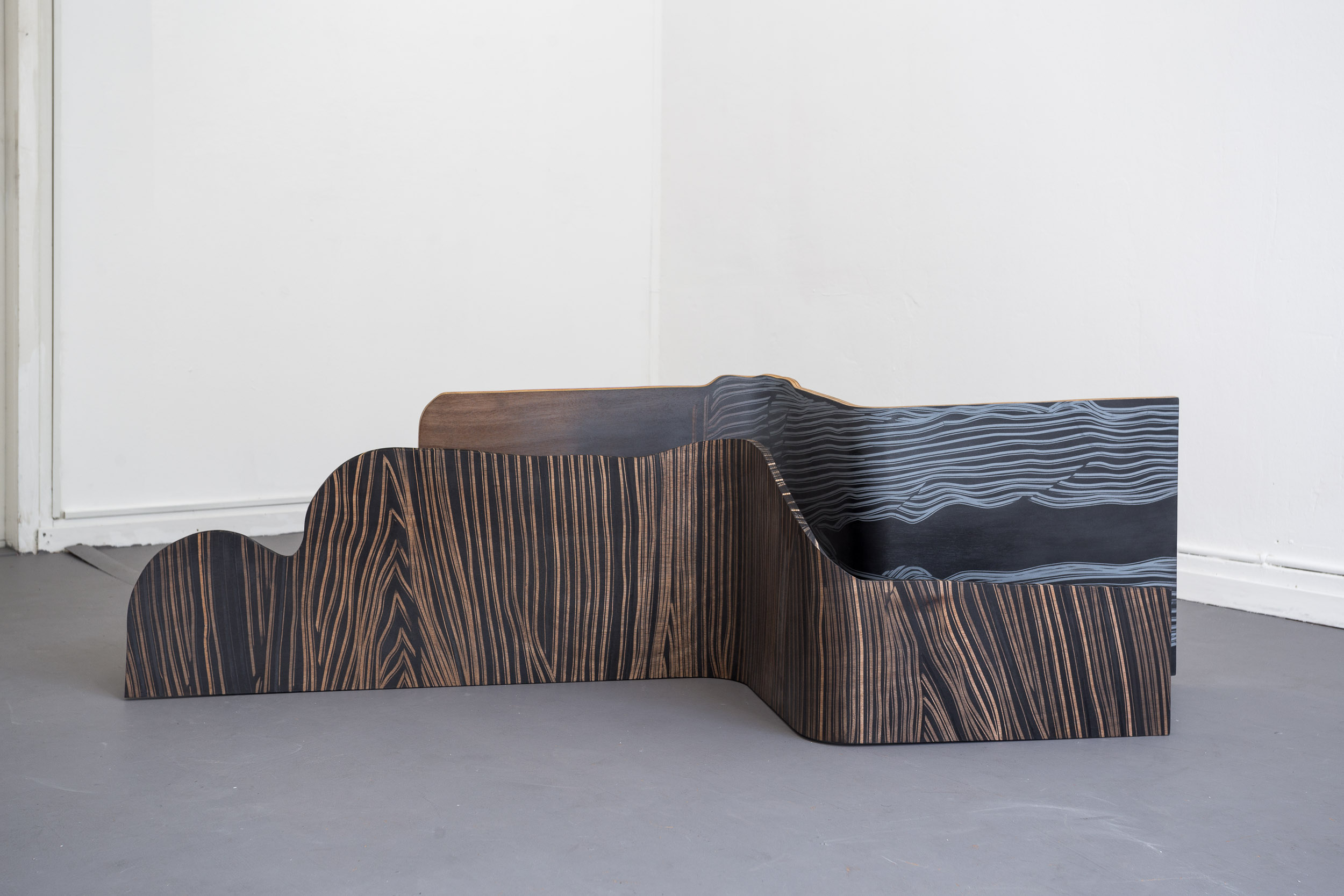Fiona Banner,  Spooning Chairs , 2015, graphite, vinyl, plywood, chair base, 144 x 52 x 36 cm; 158 x 46 x 51 cm  Photo: Kilian Bannwart
