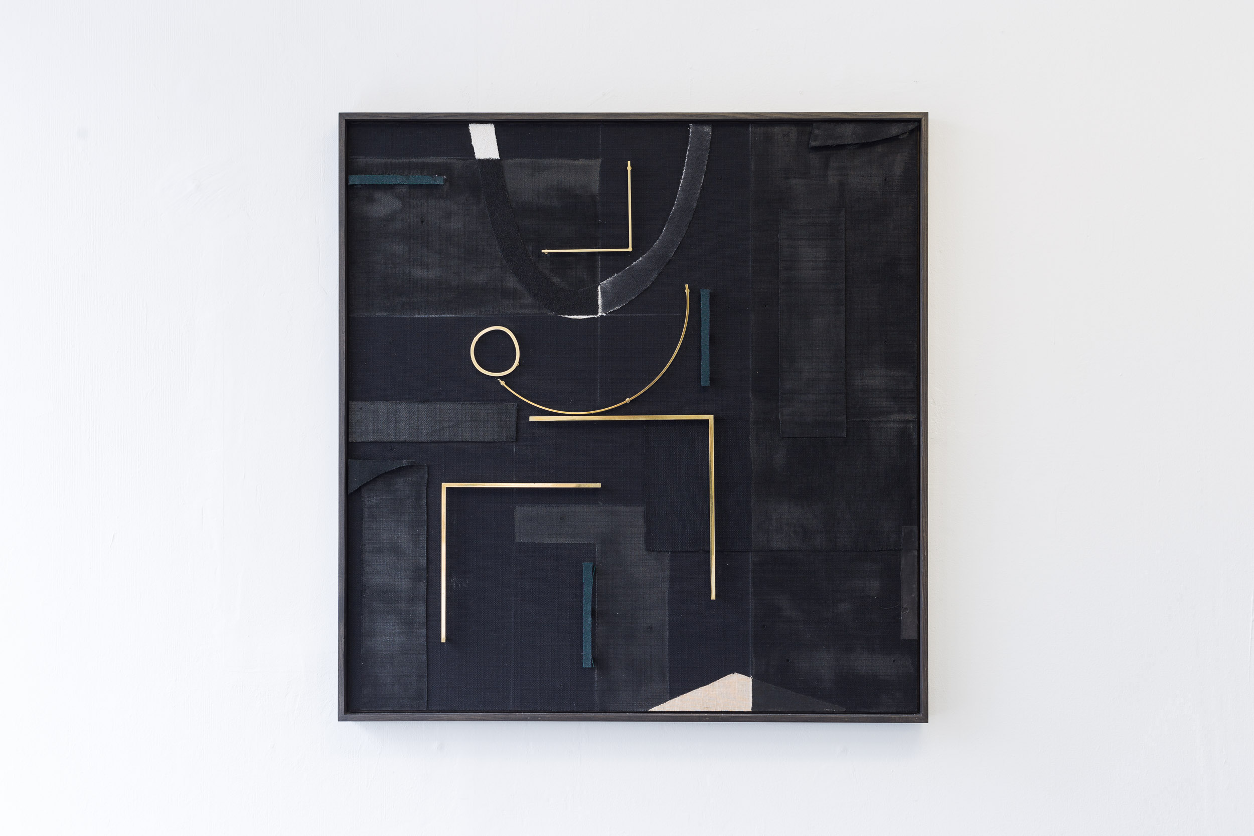 Kirstine Roepstorff,  Playful Moon , 2017, Collage: brass, fabric, 146 x 146 cm   Photo: Kilian Bannwart