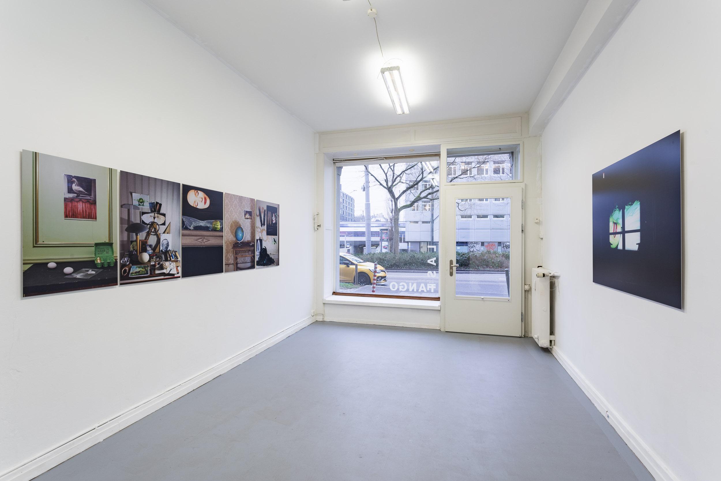 Left: Manon,  Stillleben , 2017, C-Prints on Fuji Crystal Paper mounted on Aluminium, 84 x 56 cm  Right: Manon,  Ohne Titel , 2017, C-Prints on Aluminium, 94 x 126cm  Photo: Kilian Bannwart