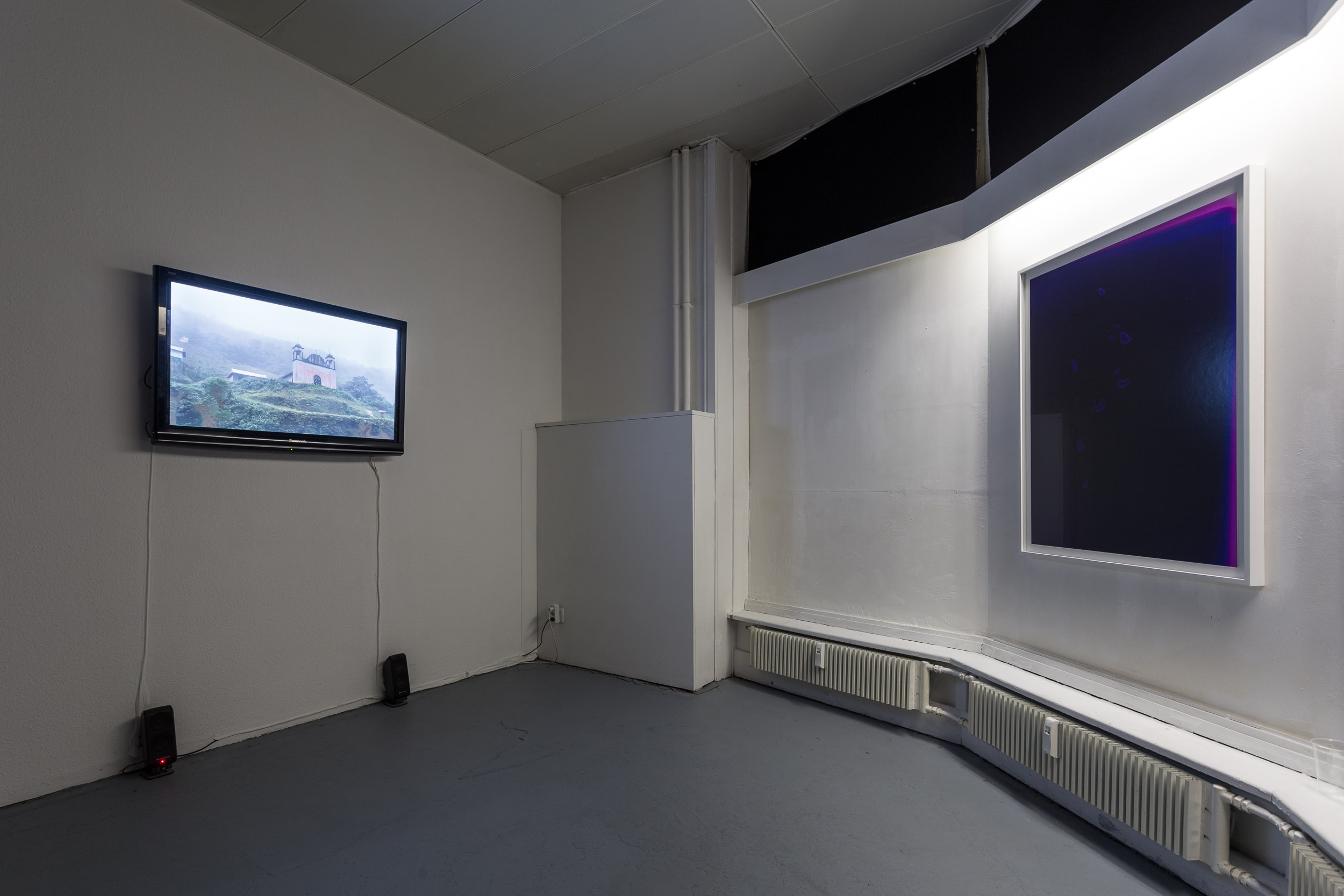 Right: Mélodie Mousset,  Constellations , 2016, Photogram, 85 x 109cm each  Left: Mélodie Mousset, Filmmaterial, 2012-2013, 56:29  Photo: Kilian Bannwart