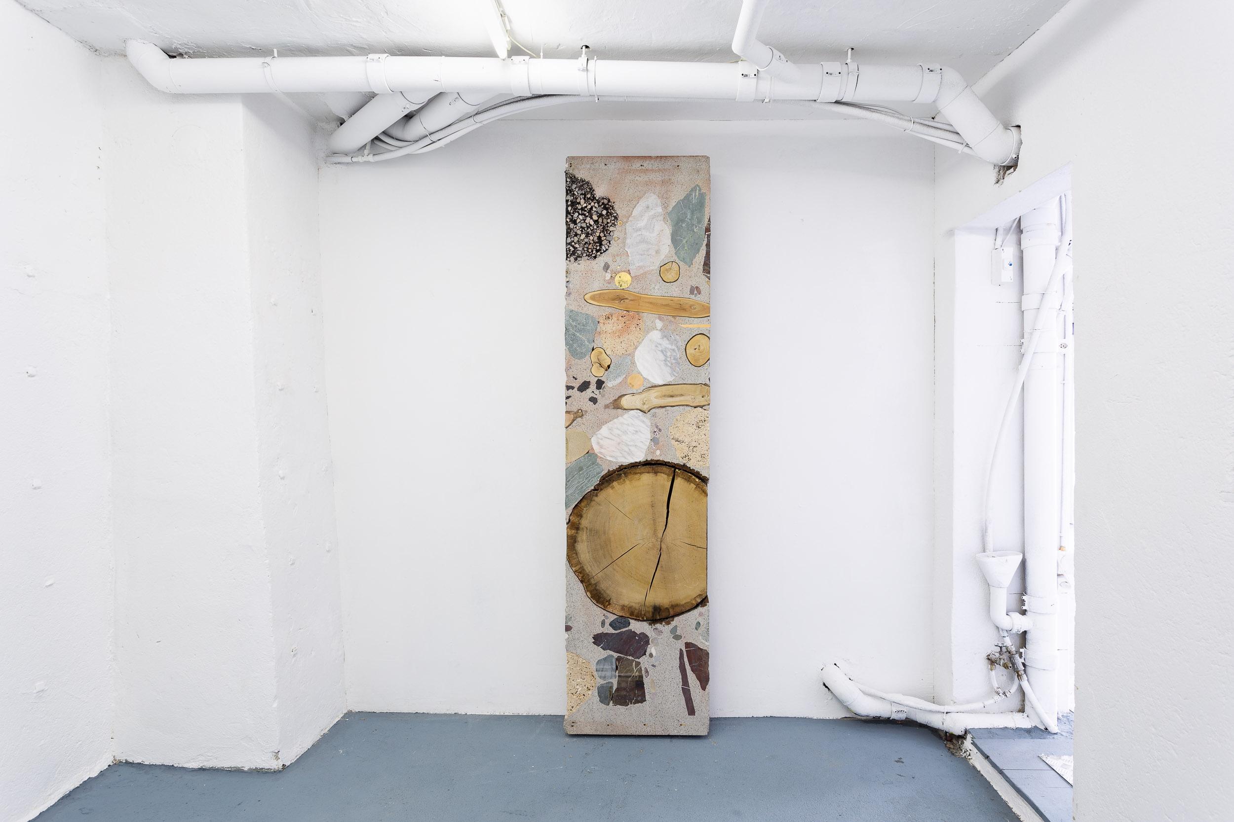 Katja Schenker,  Wie tief ist die Zeit? , 2017, concrete, misc. raw materials, 240 x 60 x 16 cm   Photo: Kilian Bannwart