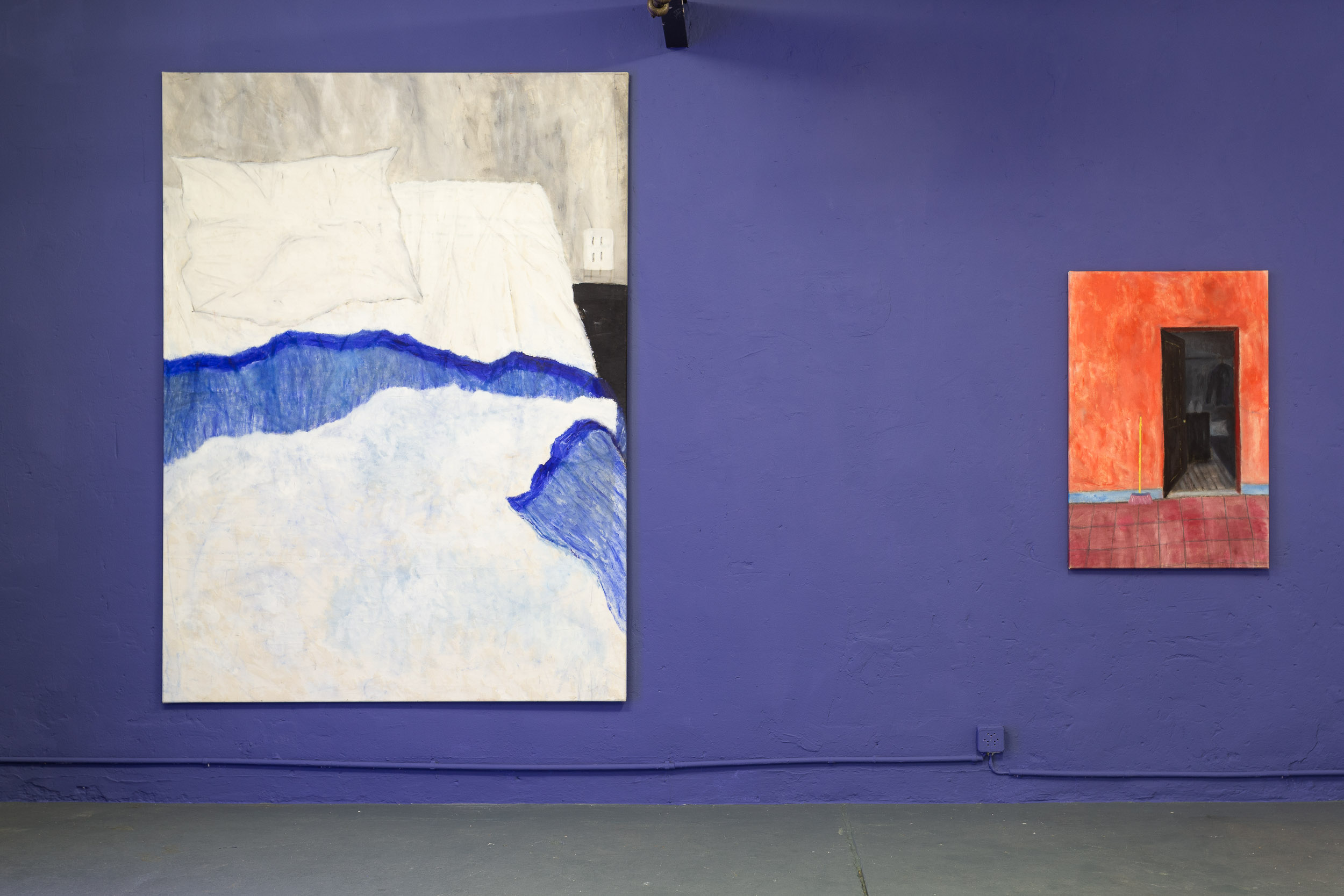 Left: Dieter Hall,  Ample make this bed,  1991, Oil on canvas, 190 x 140 cm Right: Dieter Hall,  Mexican Hallway,  2002, Oil on canvas, 90 x 60 cm  Photo: Kilian Bannwart