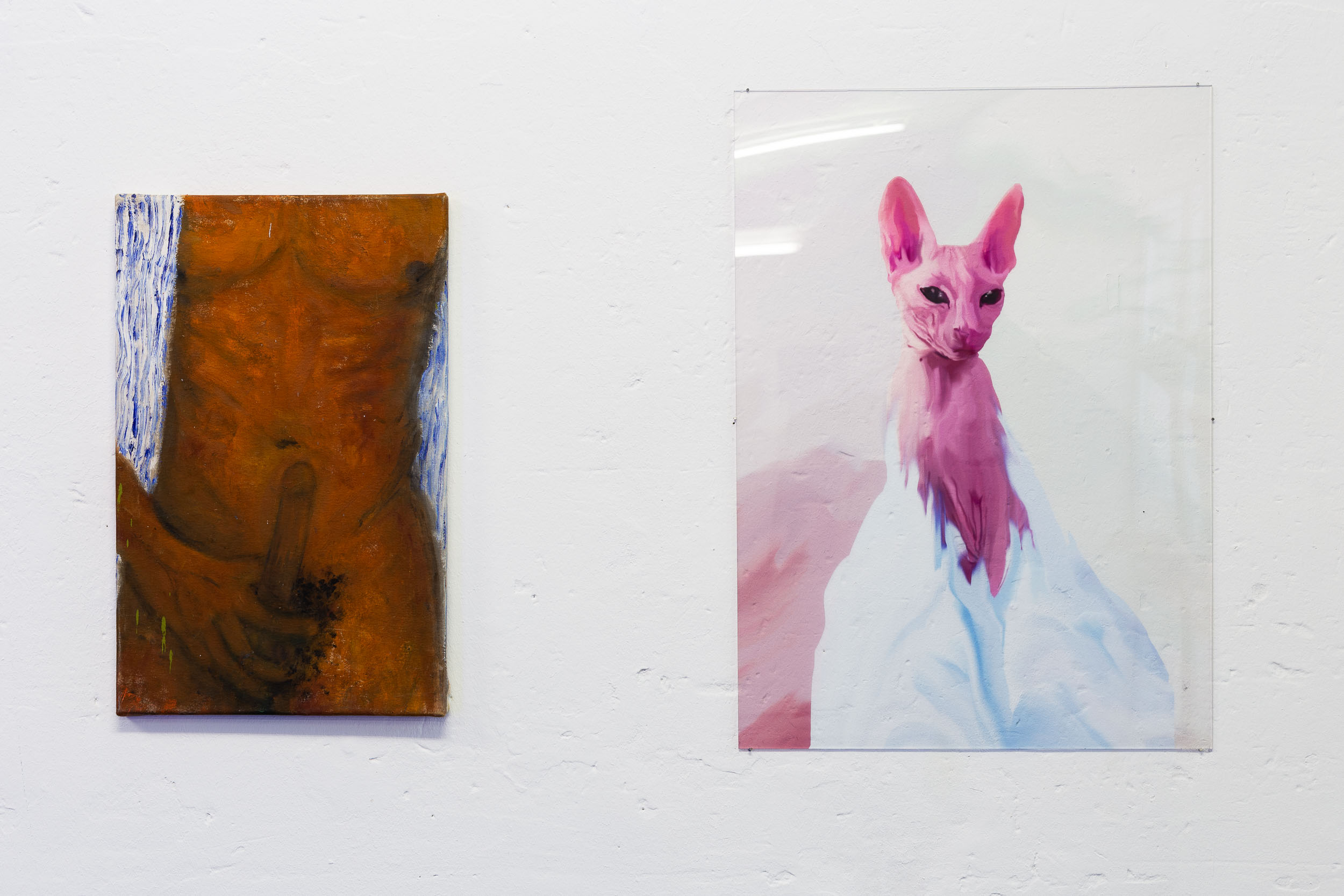 Left: Dieter Hall,  Mach es wie die Sonnenuhr, zähl die heiteren Stunden nur,  2004, Oil on canvas, 56 x 35.5 cm Right: Xénia Lucie Laffely,  My cat is a witch,  2018, Acrylic print, 70 x 50 cm, edition of 5 + 2AP  Photo: Kilian Bannwart