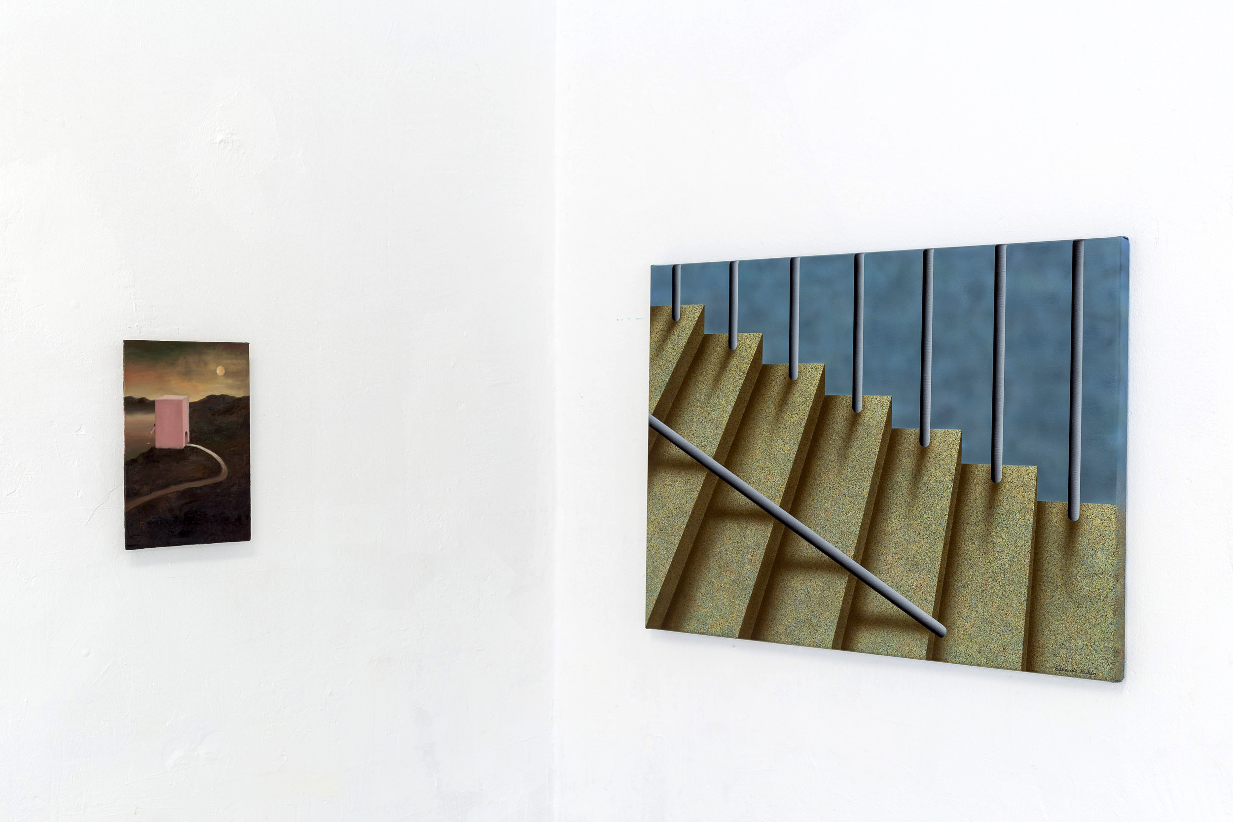 Left: Francisco Sierra,  NewExBolígrafo  (series), 2015-ongoing, oil on board, 24 x 18 cm  Right: Eduardo Rubén,  Untitled , 2014, acrylic on canvas, 50 x 70 cm  Photo: Kilian Bannwart