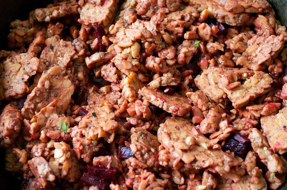 River-Runs-Wild-Vegan-Reuben-Filling-Tempeh-Seitan-Beet-Vegetarian-Plant-Based-No-Meat-Recipe