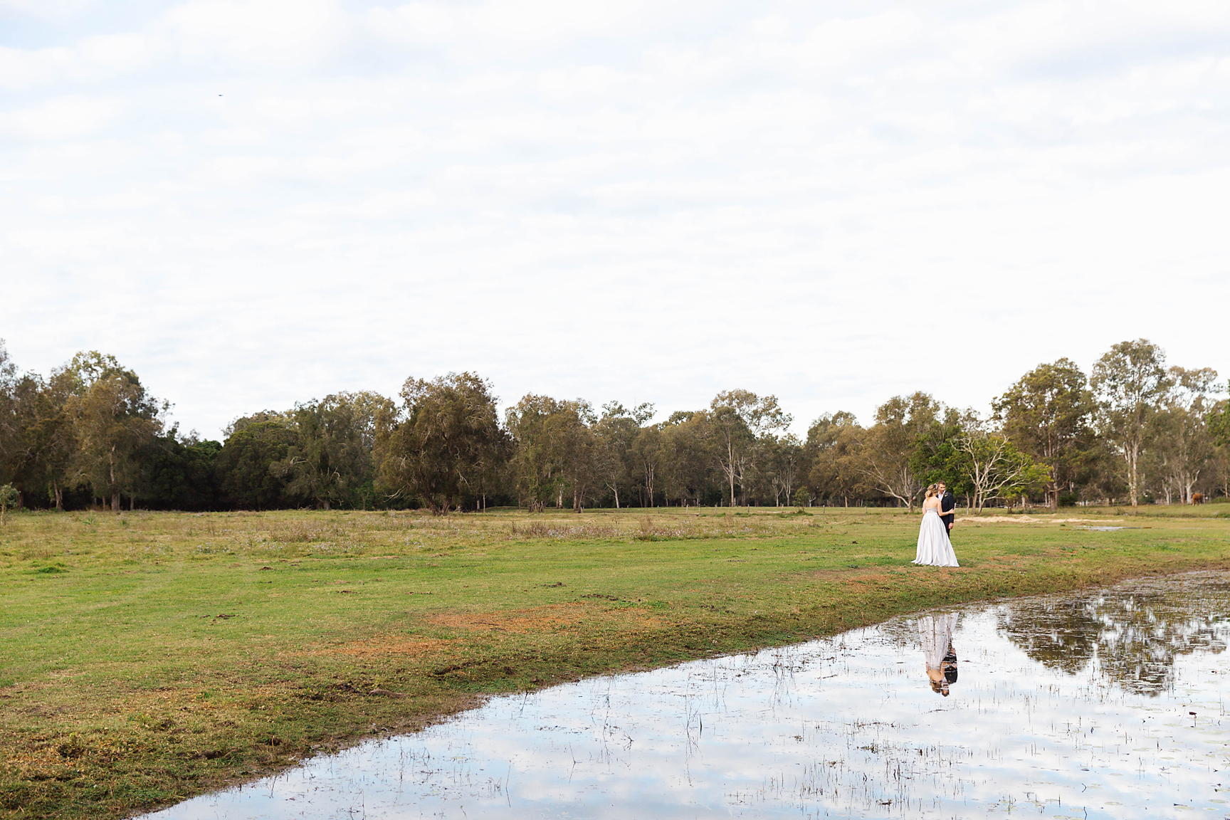 Location: Sharla Park Country Weddings & Events. Photography by Poppy & Sage Photography.