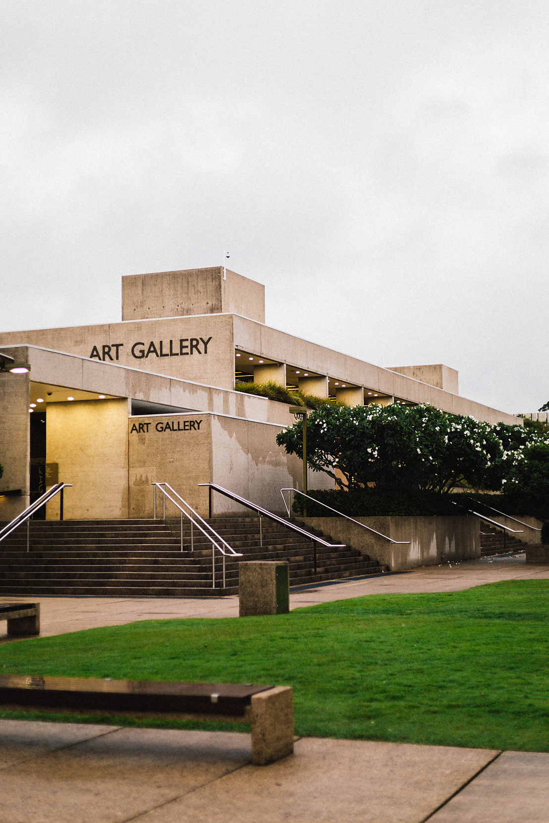 Queensland Art Gallery (Poppy & Sage Photography)