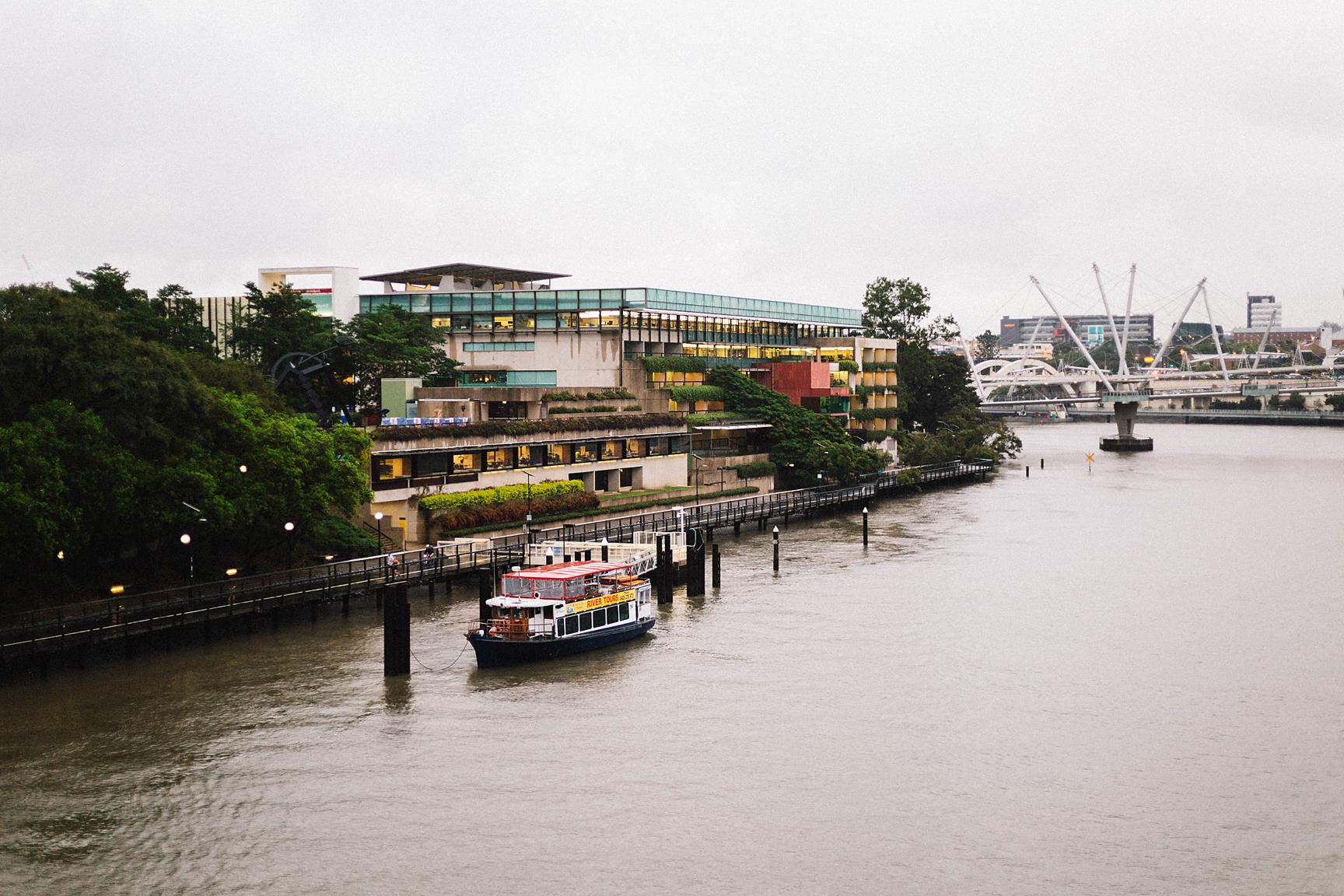 Brisbane River in the rain (Poppy & Sage Photography)