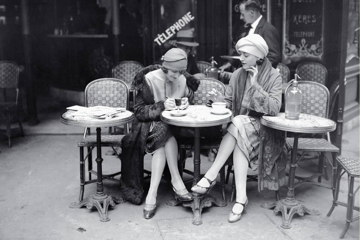Kiki-de-Montparnasse-Paris-1920.jpeg
