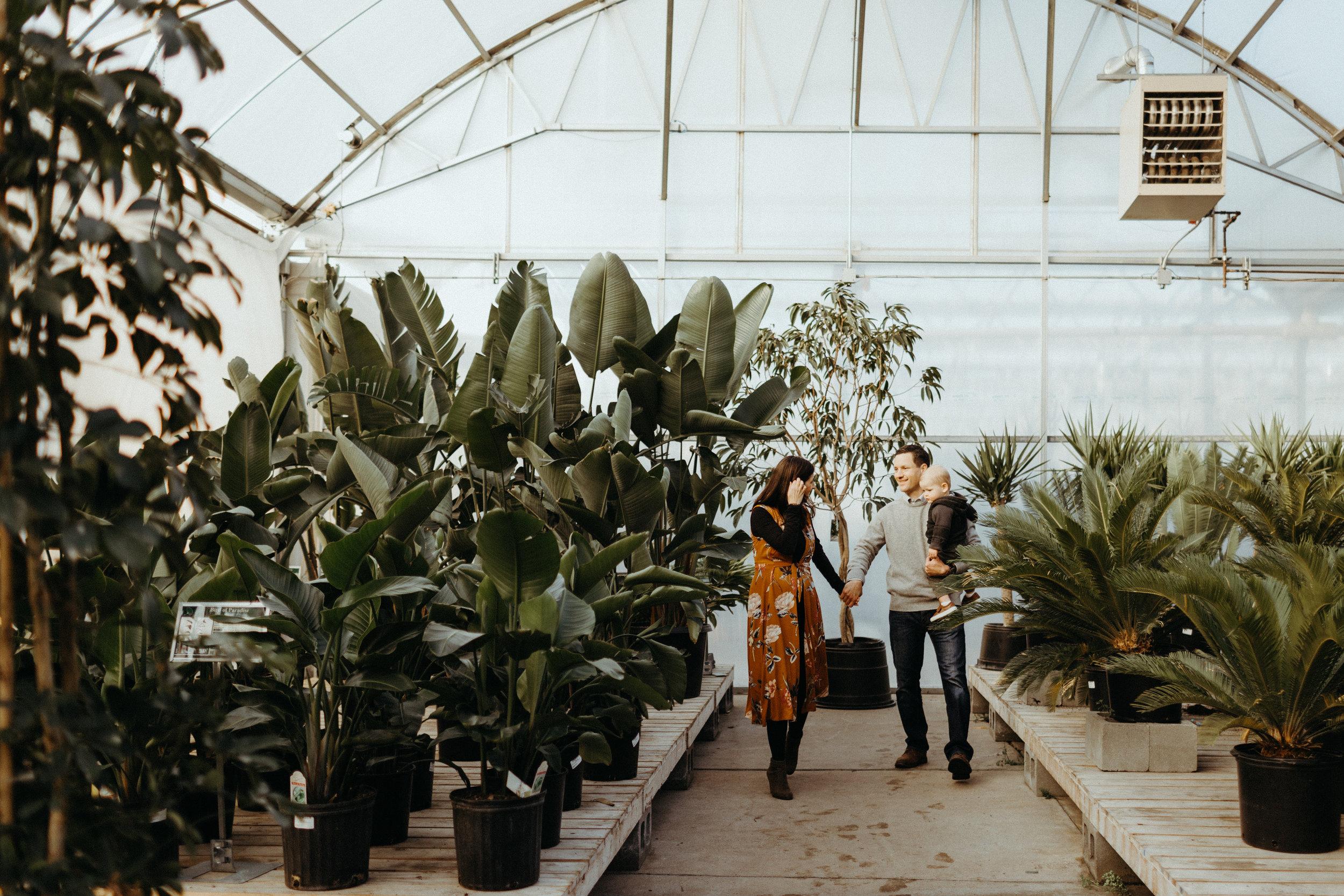 The Iwanskys Omaha Ne Mulhalls Greenhouse Family
