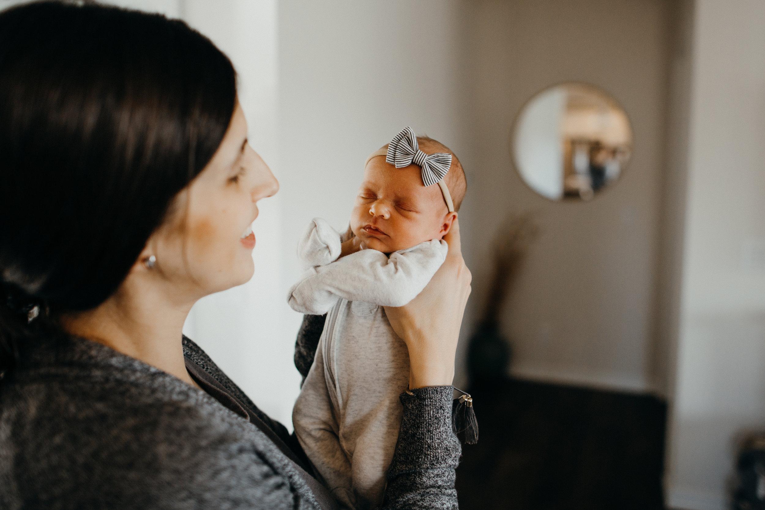 jamieleighmiller_inhome_newborn_photographer_omahanebraska-6.jpg