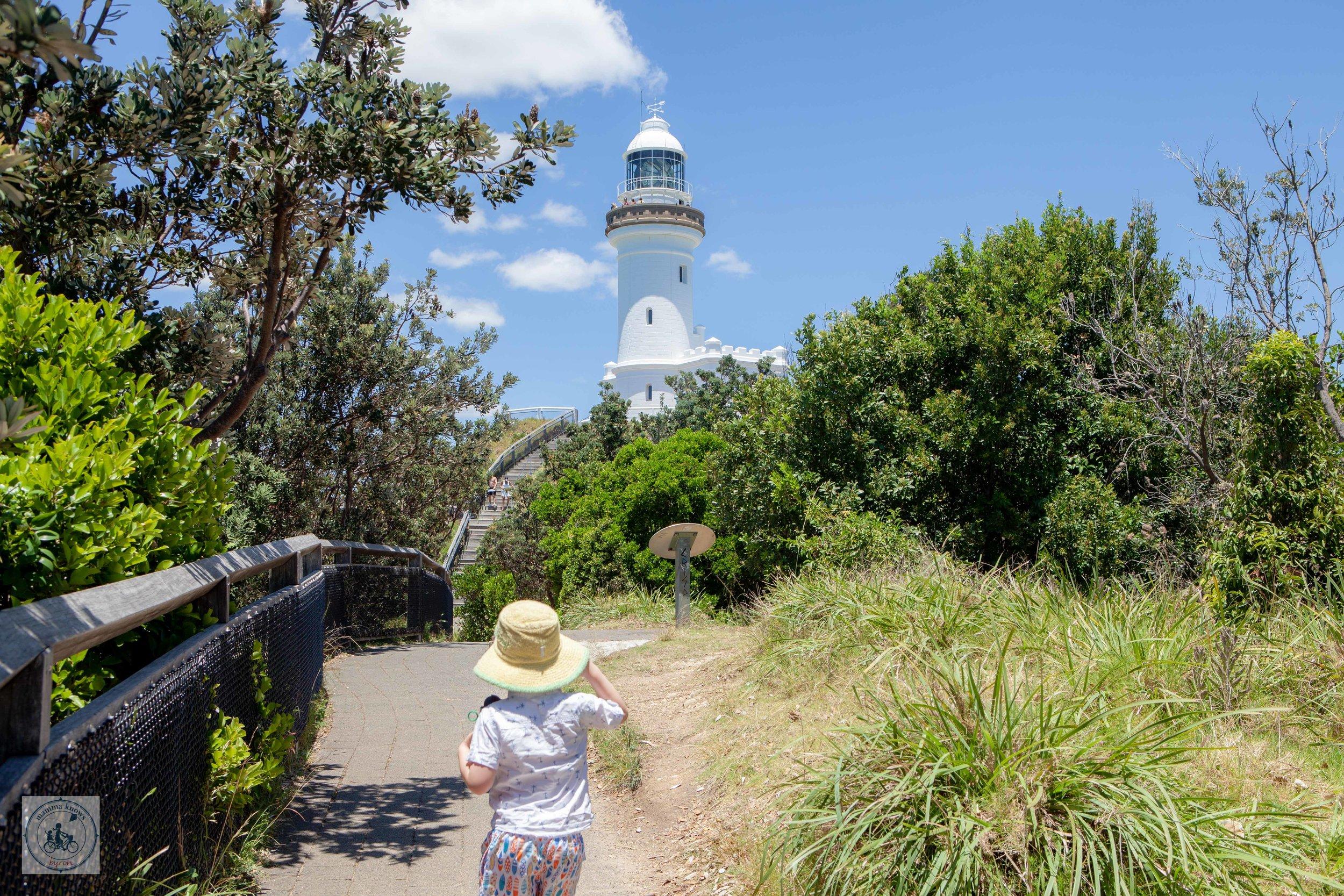 Lighthouse walk - Mamma Knows Byron