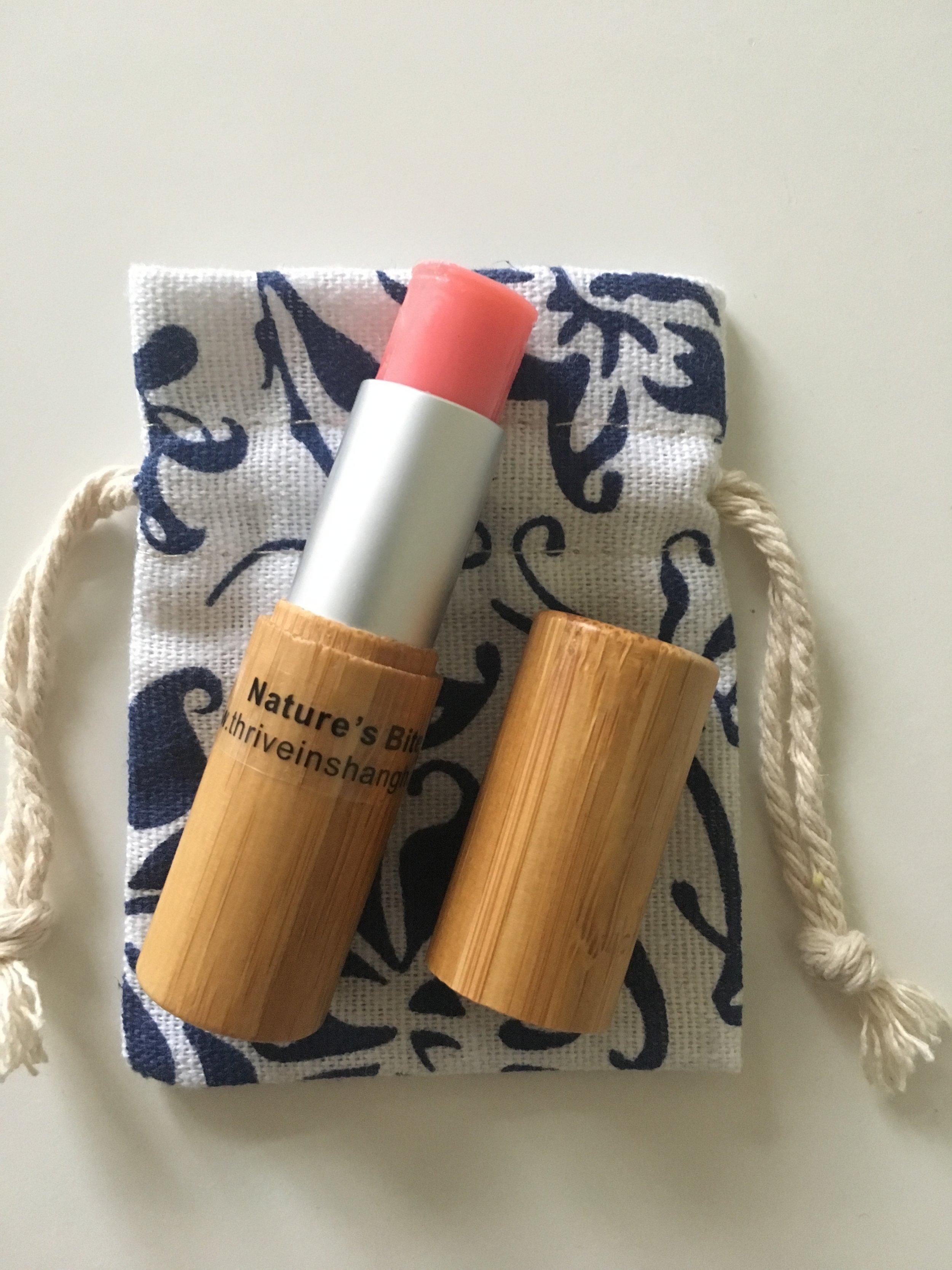 Pinkish-Glow  (organic beeswax, organic coconut oil, organic cocoa mass, Cinnamon doTerra EO, mica powder)     90 RMB