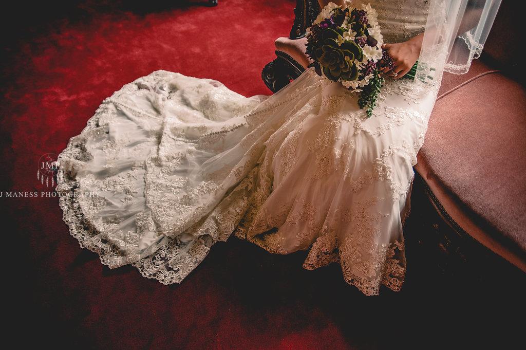 J+A_GettingReady_Wedding2017(148of400).JPG