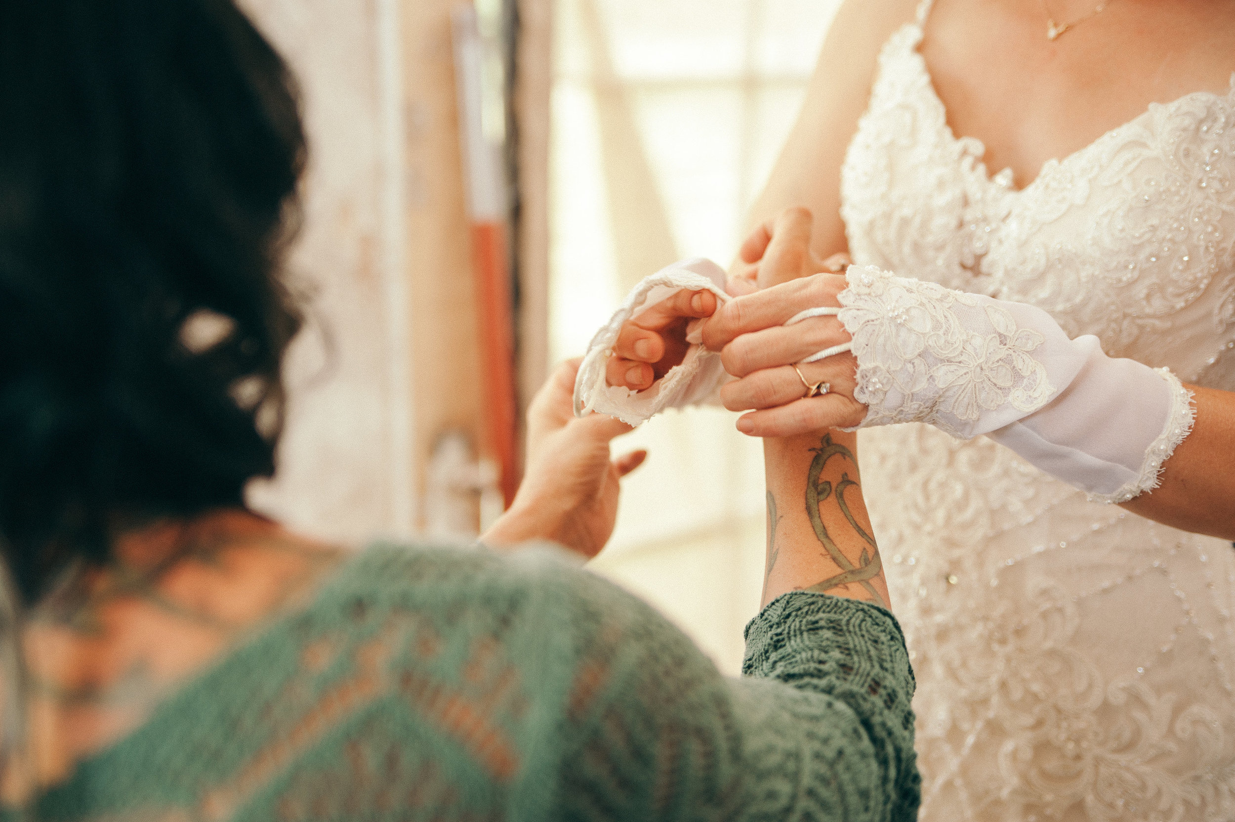 J+B_GettingReady_Wedding2017(469of489).JPG