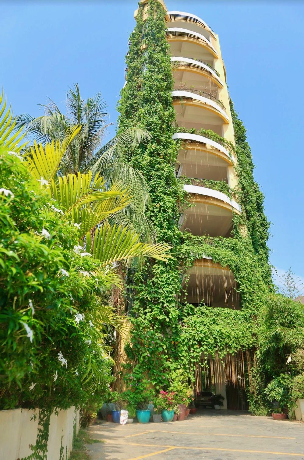 yellow-tower-vertical-forest.jpg