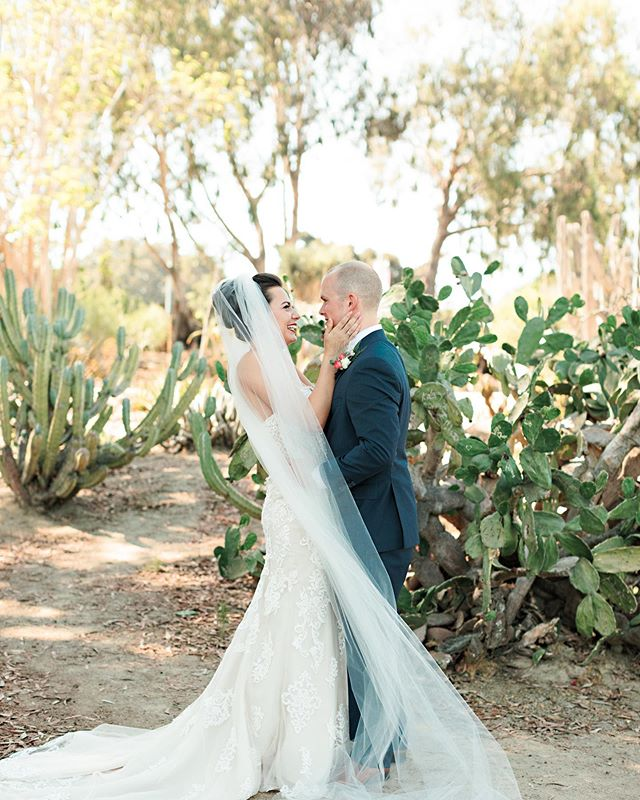 There's something about seeing the love of your life for the first time on your wedding day. Absolutely Indescribable! ✨ Photography: @brookealiceonphotography . . . . . #sandiegowedding #sandiegoweddingcoordinator #balboapark #firstlook