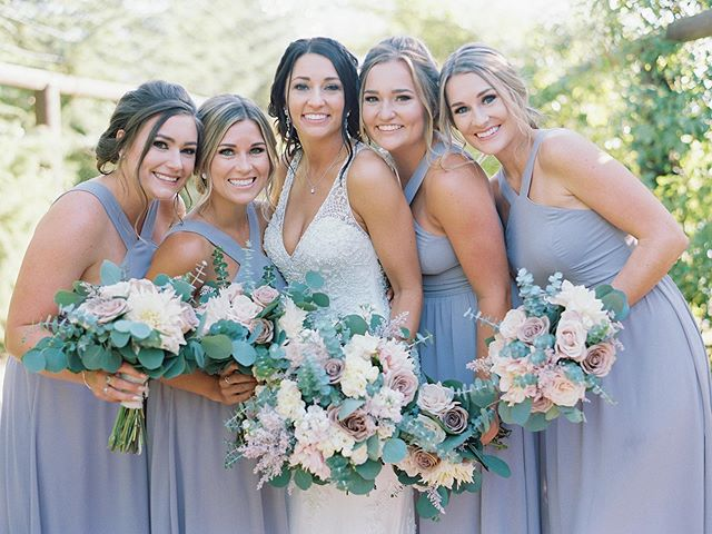 Couldn't have been happier watching my sister marry the man of her dreams! Loved being apart of some of the planning process too. Congratulations Autumn & Nathan! ✨ Photography: @nataliebrayphoto . . . . . #sisterswedding #beautifulbride #sisters #sandiegowedding #serendipitywedding #sandiegoweddingcoordinator