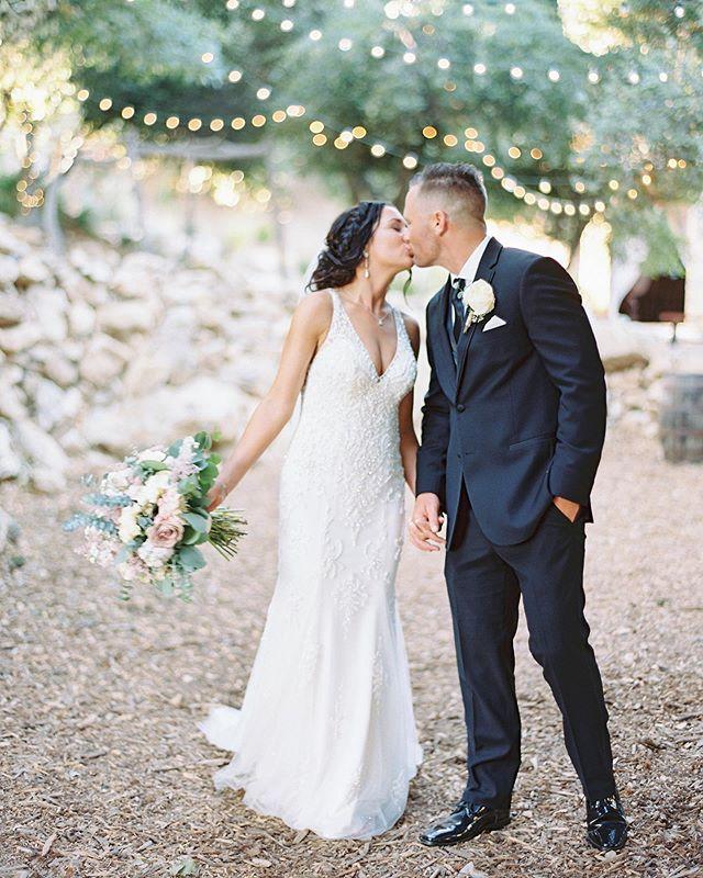 One more from my beautiful sister's wedding!! You guys couldn't be more perfect for each other! ✨ Photography: @nataliebrayphoto . . . . #sandiegoweddingcoordinator #sisterswedding #bestwedding #serendipitygardenweddings