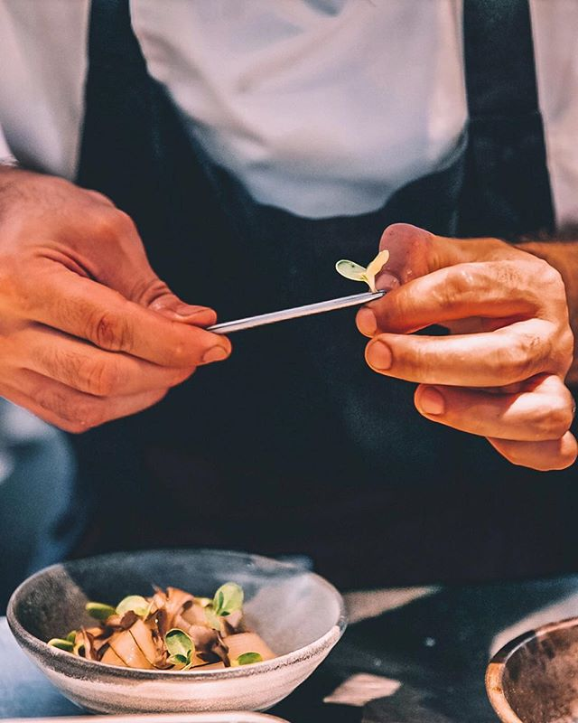 I love the passion and the attention to details some chefs use when it comes to playing up beautiful yet delicious food.⁣⁣ ⁣⁣ Here are a couple of shots I took for @merumiso at @bentleyrestaurantbar 👌🏻⁣⁣ ⁣⁣ Swipe left to see the final dish! 😍⁣⁣ ⁣⁣ ⁣⁣ ⁣⁣ ⁣⁣ #sydneyfoods #australianfoodie #foodphotographer #foodphotographysydney #foodspread #pizzaphotography #instachef #instafoodsydney #photographerlife #lovefries #gourmetlife #enjoylifeandfood⁣⁣⁣ #pizzalover #fishroe #porcinimushrooms #grilledsourdough #chefslife #homemadegarlicbread⁣⁣