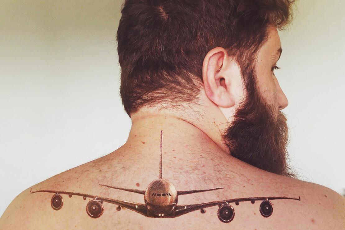 Tá, tattoo falsa de novo, mas você sabe que eu te amo, bichão!