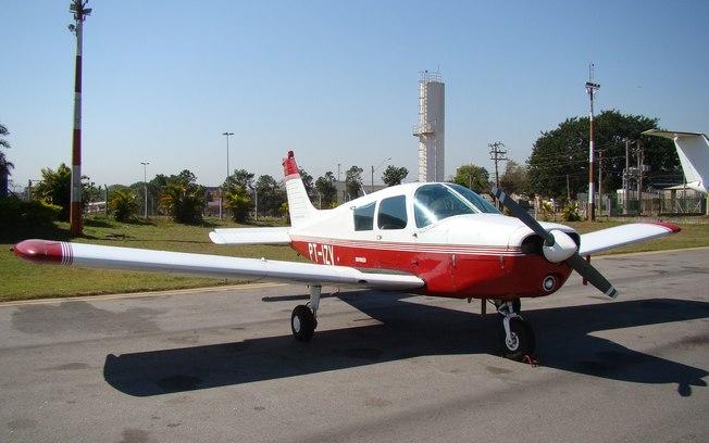 O avião monomotor, modelo P28A da fabricante Piper Aircraft, esteve envolvido no acidente com o cantor Gabriel Diniz (Fonte: Pixabay)