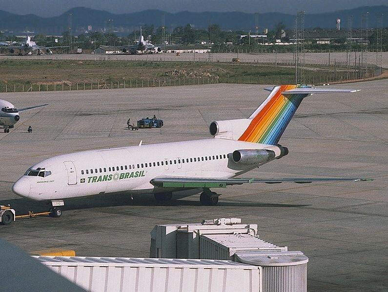Transbrasil operava seus 727 para passageiros e também para transporte de carga