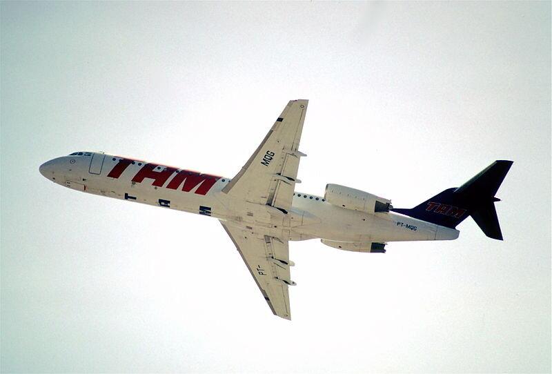 Muitas brasileiras e brasileiros ainda se lembram da má fama dos Fokker 100: acidentes com a TAM mancharam a imagem do avião