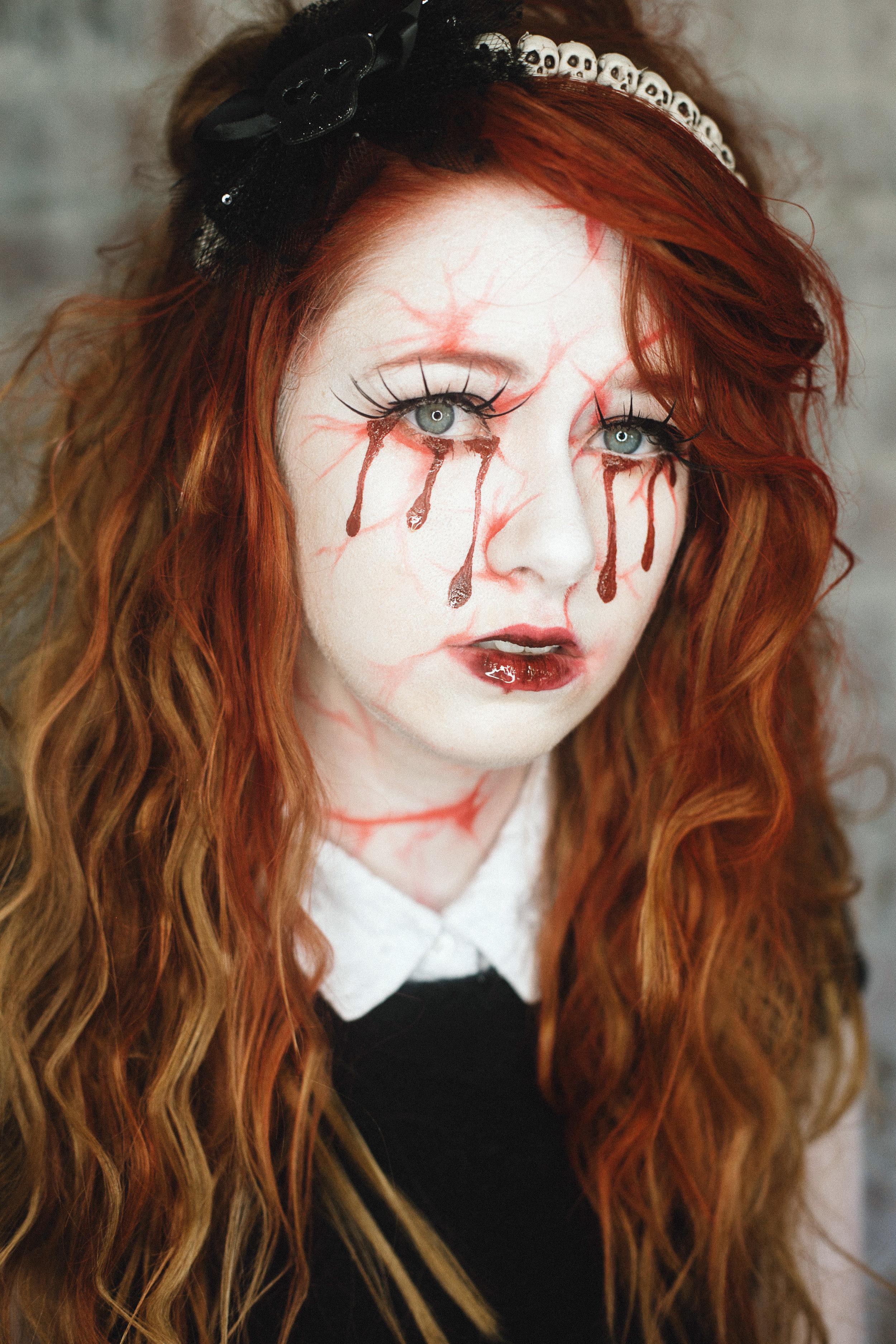 Halloweendoll1.jpg
