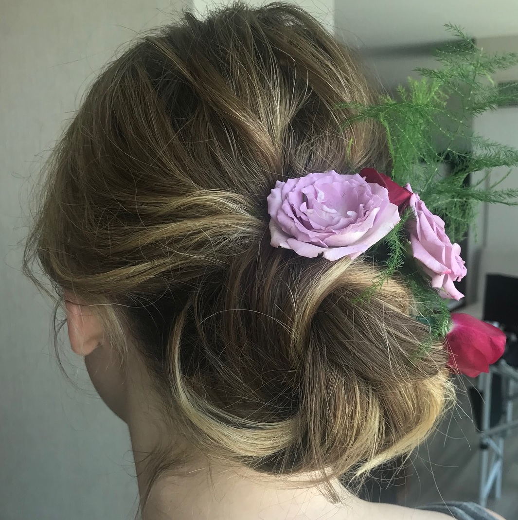 Express Hairstyles    For Bridesmaids and Others    A  quick opportunity for a professional to tame fly aways, and do minimal styling and pinning without the use of heat tools.