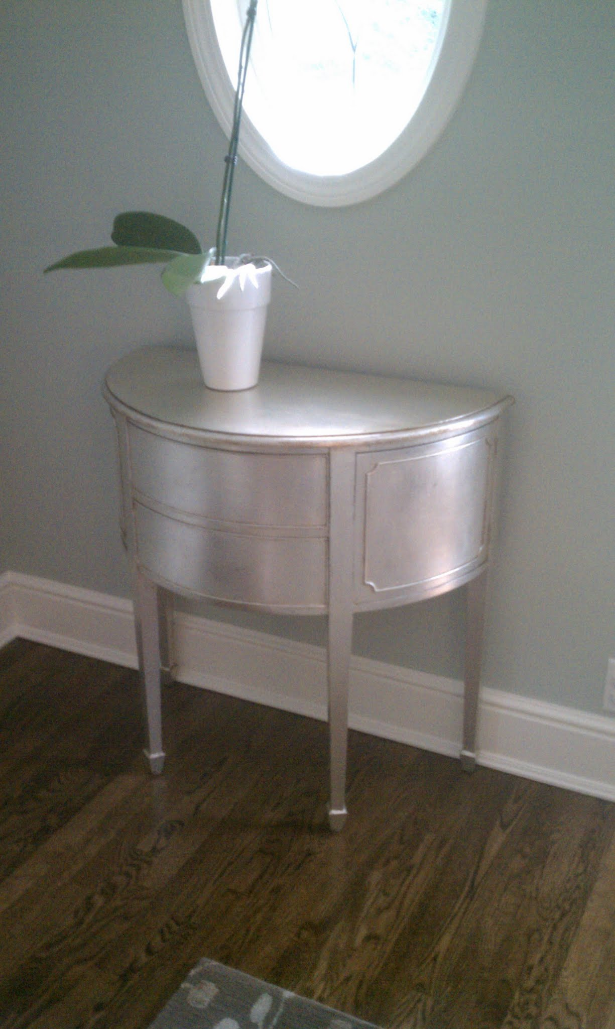 Decorative Metallic Painted Table