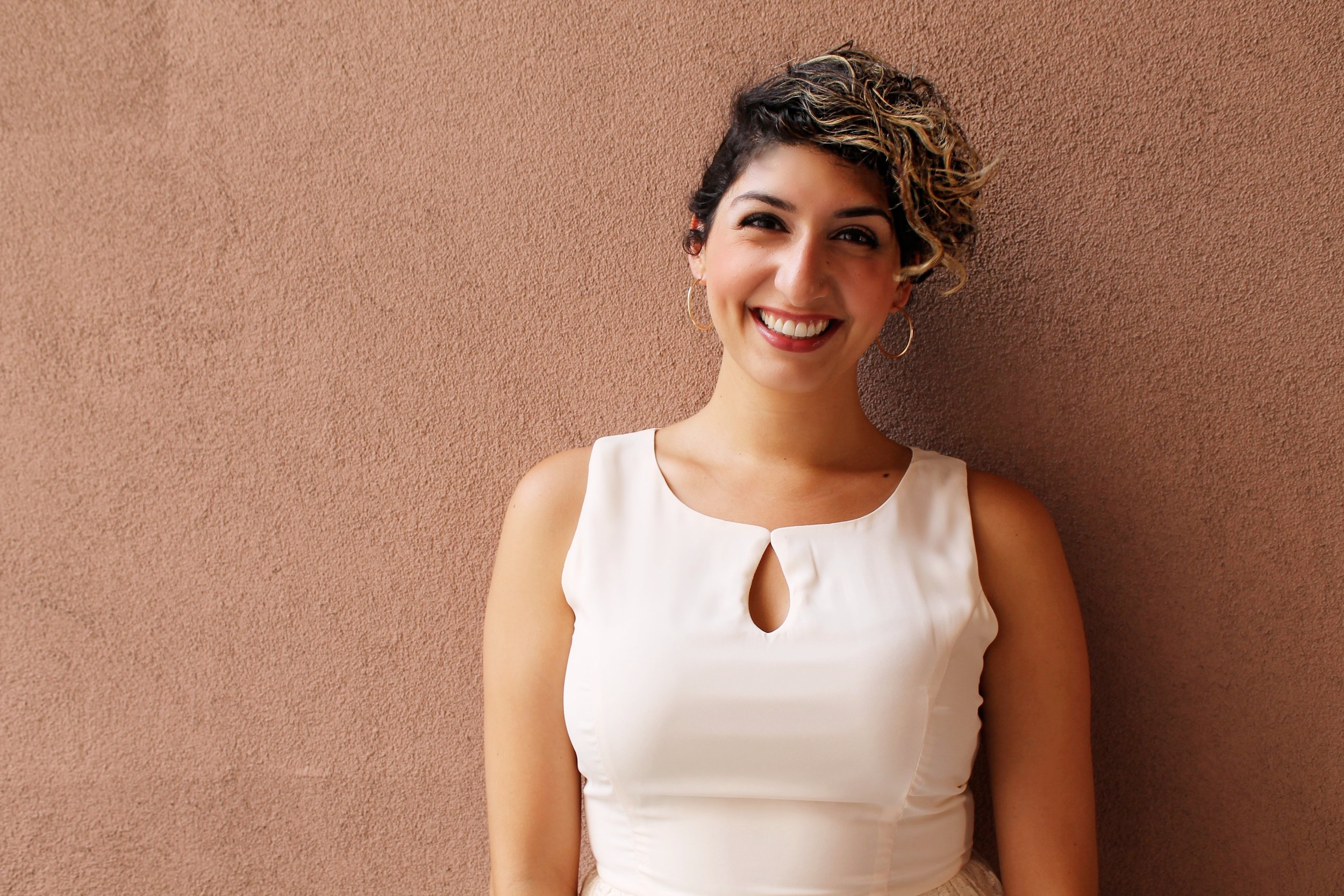 ELIZABETH ESTRADA | DOCUMENTARY LAB ASSOCIATE